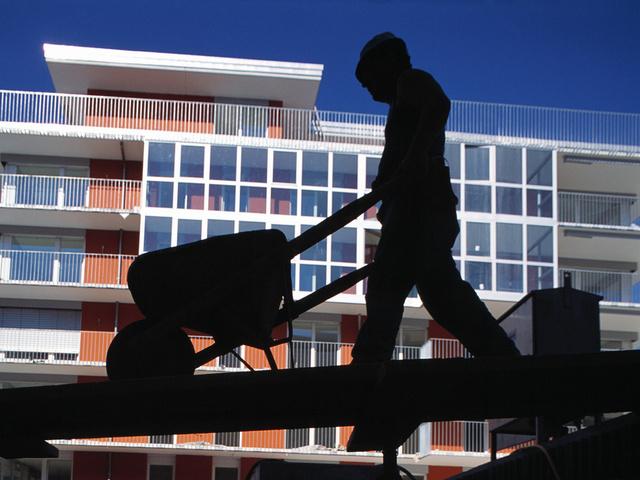 Dem Staat entgehen wegen Schwarzarbeit Millionen Franken. (Symbolbild)