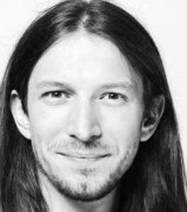 Etrit Hasler ist Slampoet, Journalist und SP-Kantonsrat in St. Gallen.