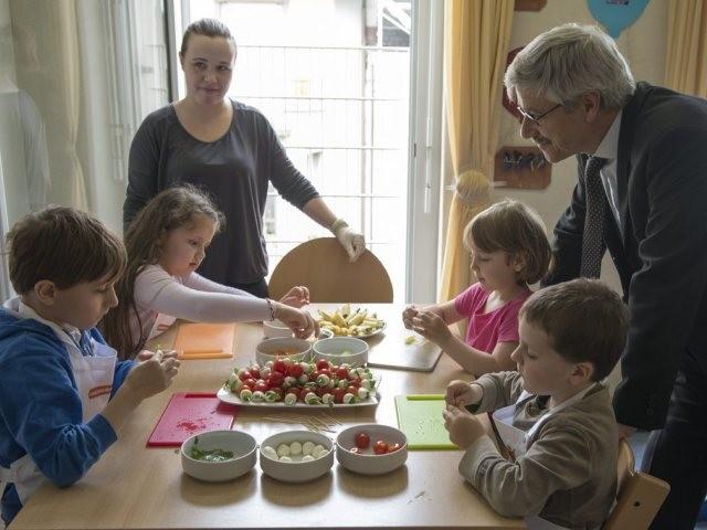 steuerabzug f r die betreuung von kindern in der familie chancenlos tageswoche. Black Bedroom Furniture Sets. Home Design Ideas