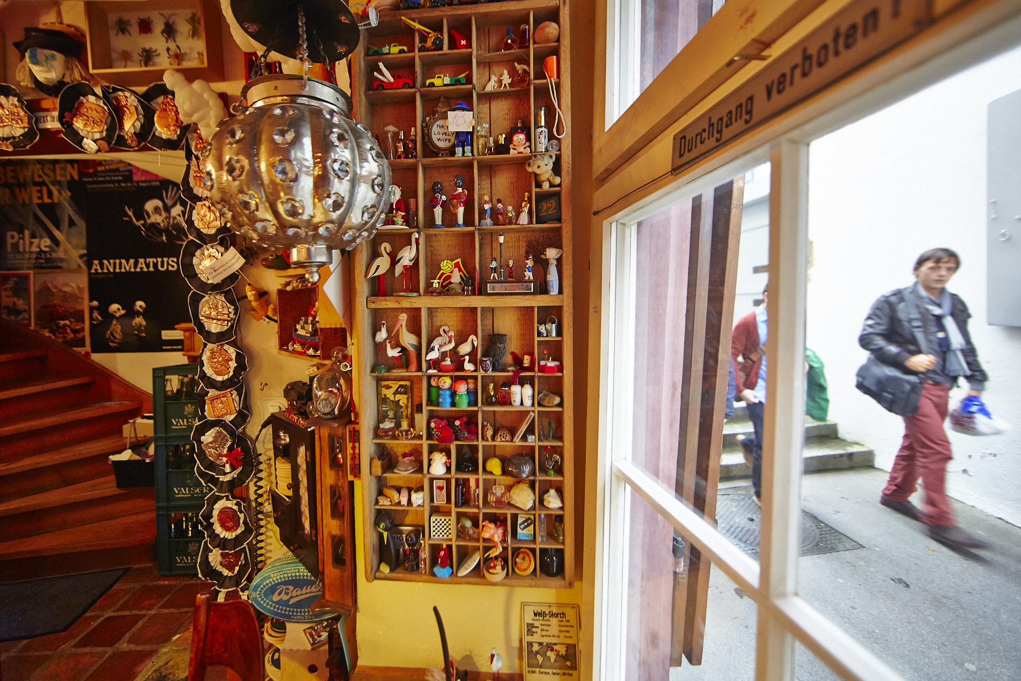 Kinkerlitz, soweit das Auge reicht: Das Hoosesaggmuseum beherbergt Dinge, die in Hosentaschen passen.