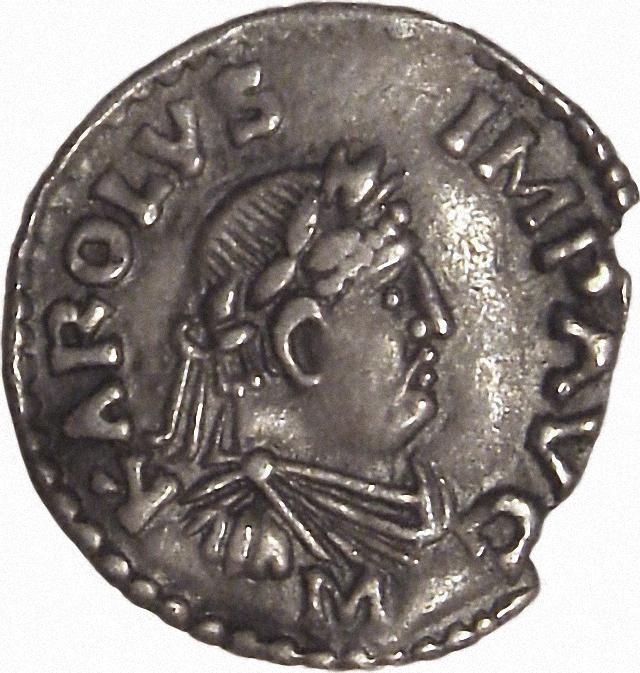 Münzen Karls des Grossen zeigen den Kaiser ohne Bart.