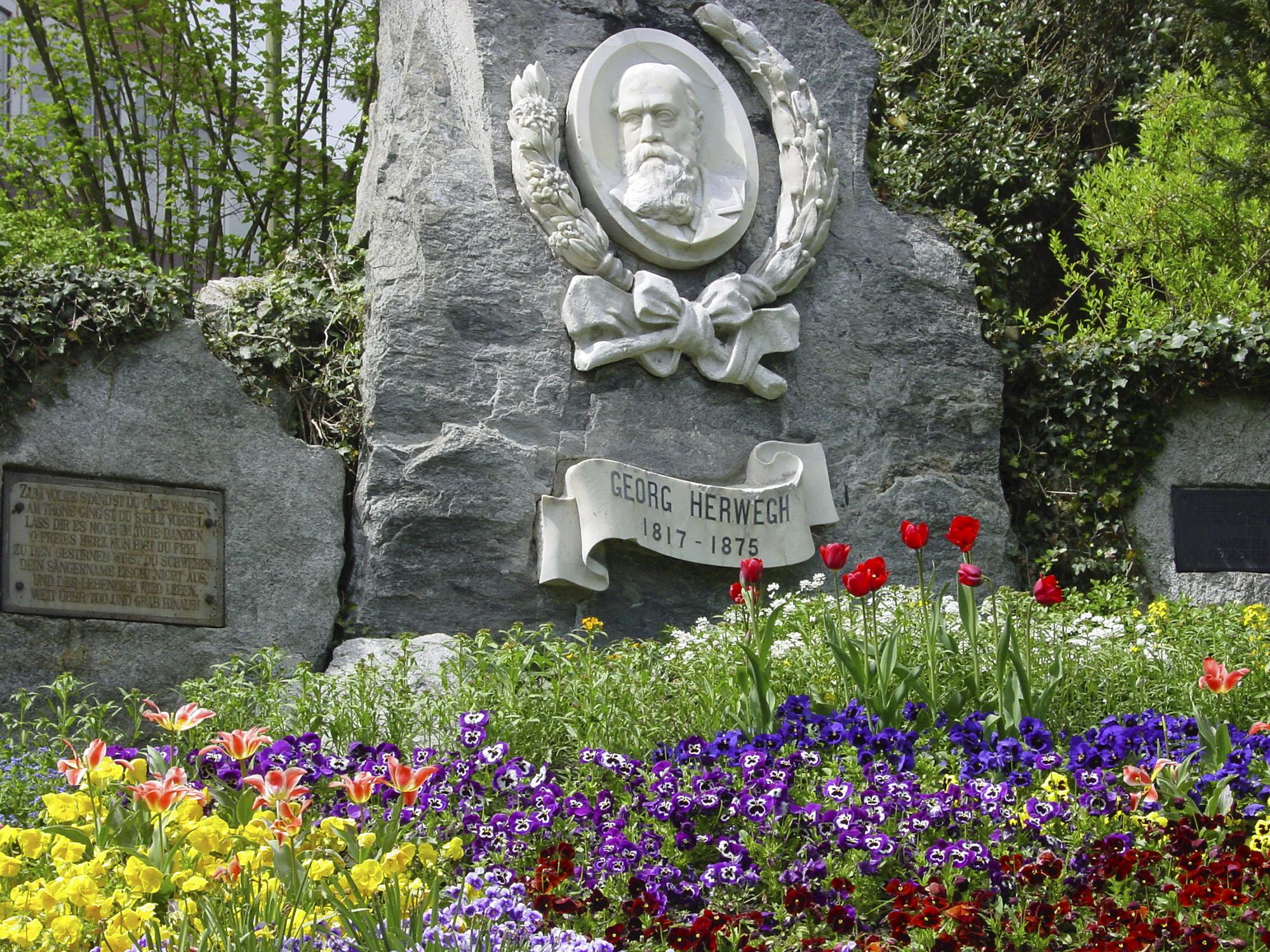 Zu den vielen barttragenden Freiheitsmännern des 19. Jahrhunderts gehörte auch Georg Herwegh, an den ein Denkmal in Liestal erinnert.