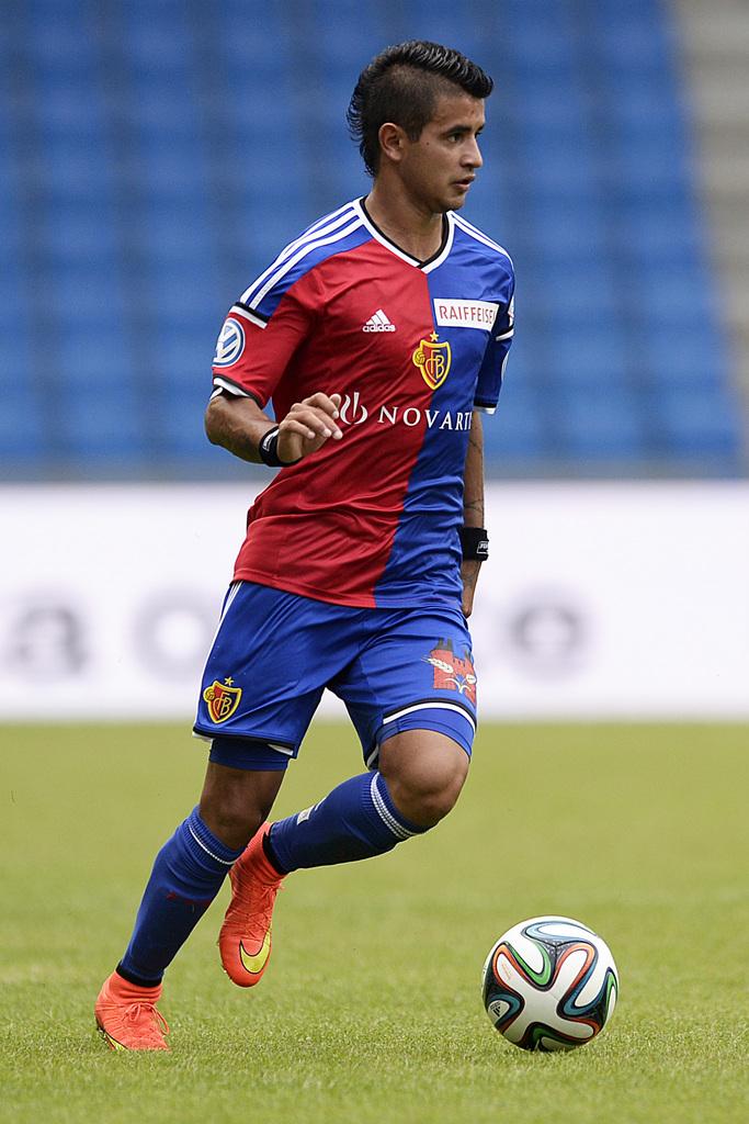 Feiner Fuss und flinker Flügel – das war schon in den ersten beiden Einsätzen von Derlis González für den FCB nicht zu übersehen.