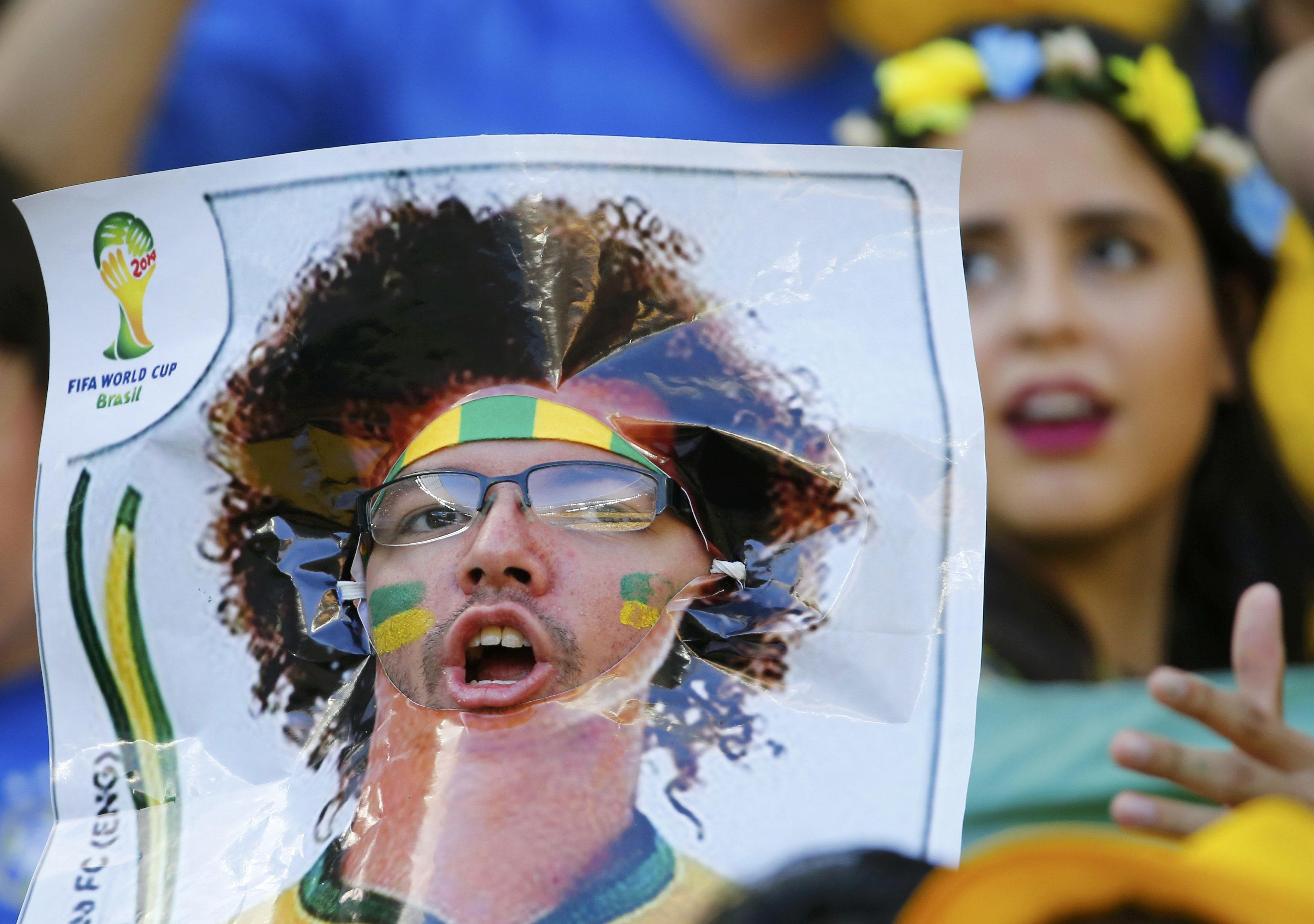 WM 2014 Brasilien David Luiz siegt trocknet Tränen und sieht