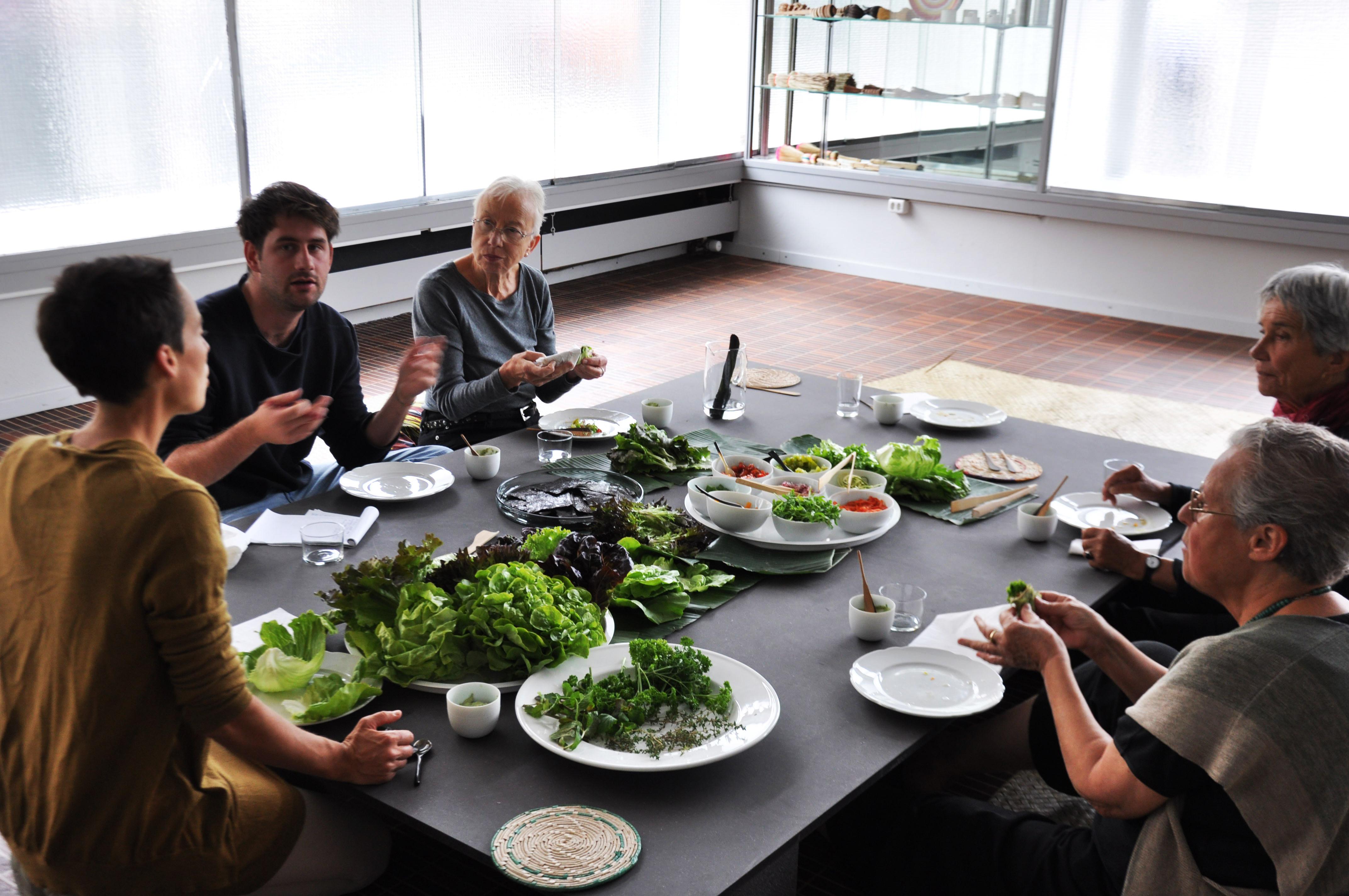 Das depot basel l dt zurzeit zur kulinarischen weltreise for Das depot essen