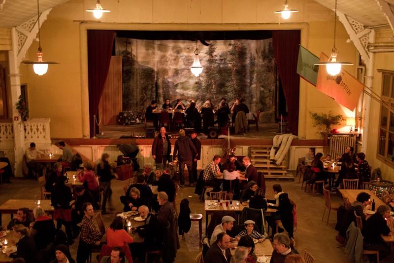 Von der Brauerei zum Kulturlokal: Die «Heitere Fahne» in Wabern feierte kürzlich einjähriges Bestehen.