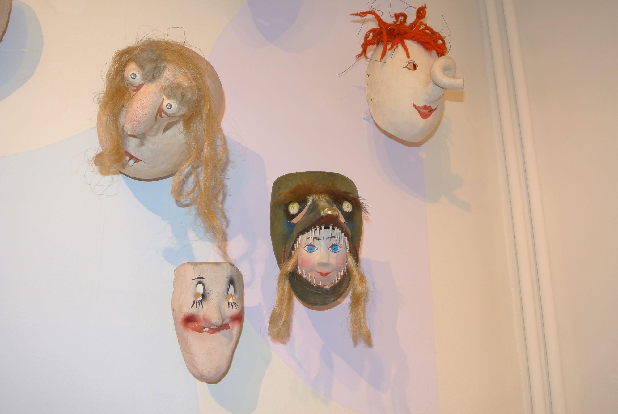 Künstlerlarven aus dem Atelier Tschudin