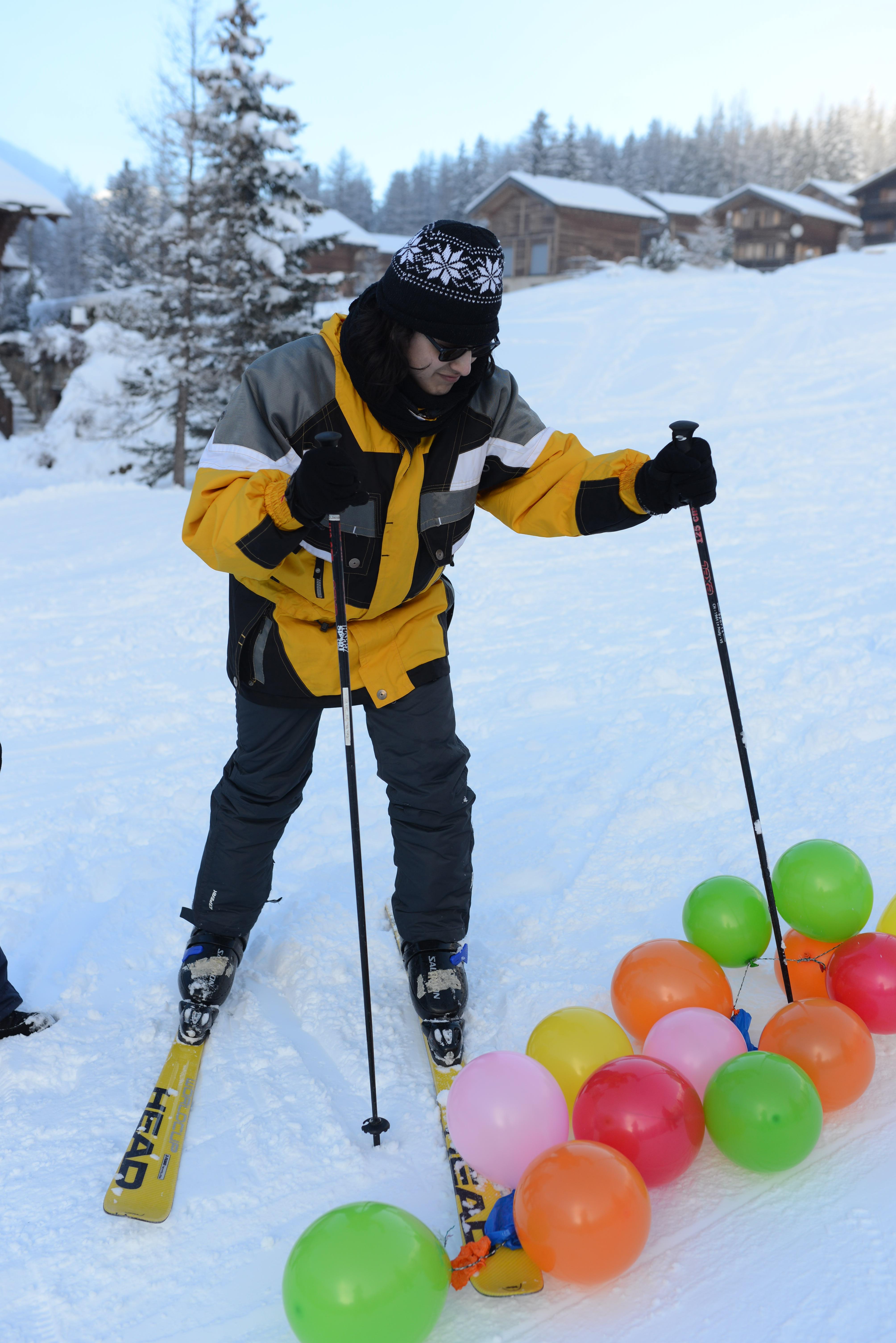 TitoMartínez in Aktion bei einem Slalom-Wettkampf.