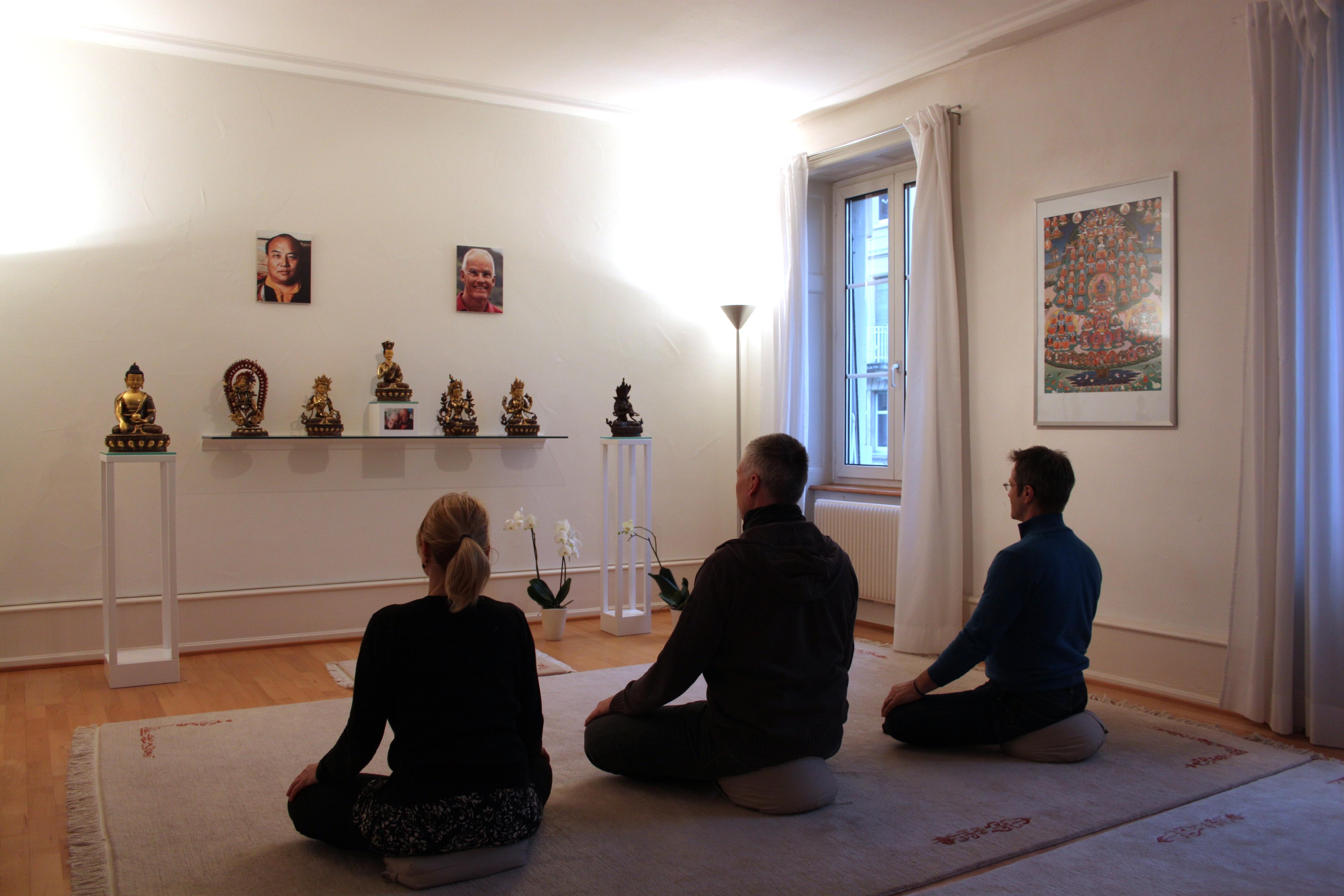 Das Herz Des Zentrums Laufenstrasse Ist Der Meditationsraum.