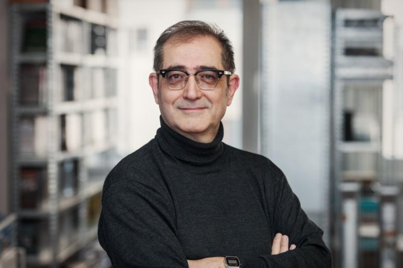 Regisseur Samir.