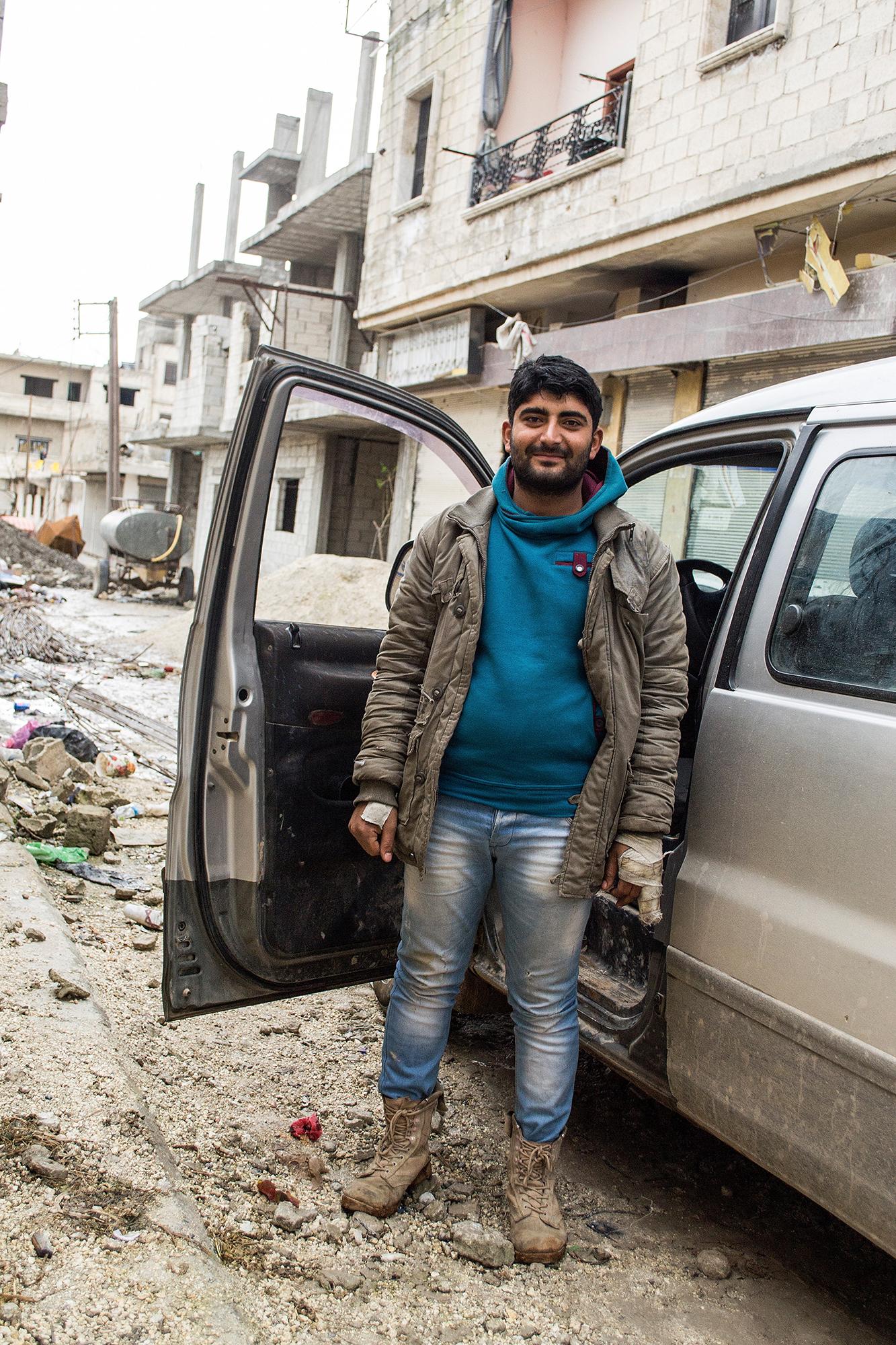 Seine Verletzungen stammen nicht vom Fronteinsatz, sondern von türkischen Militärs: Rezyd Bozar (22.
