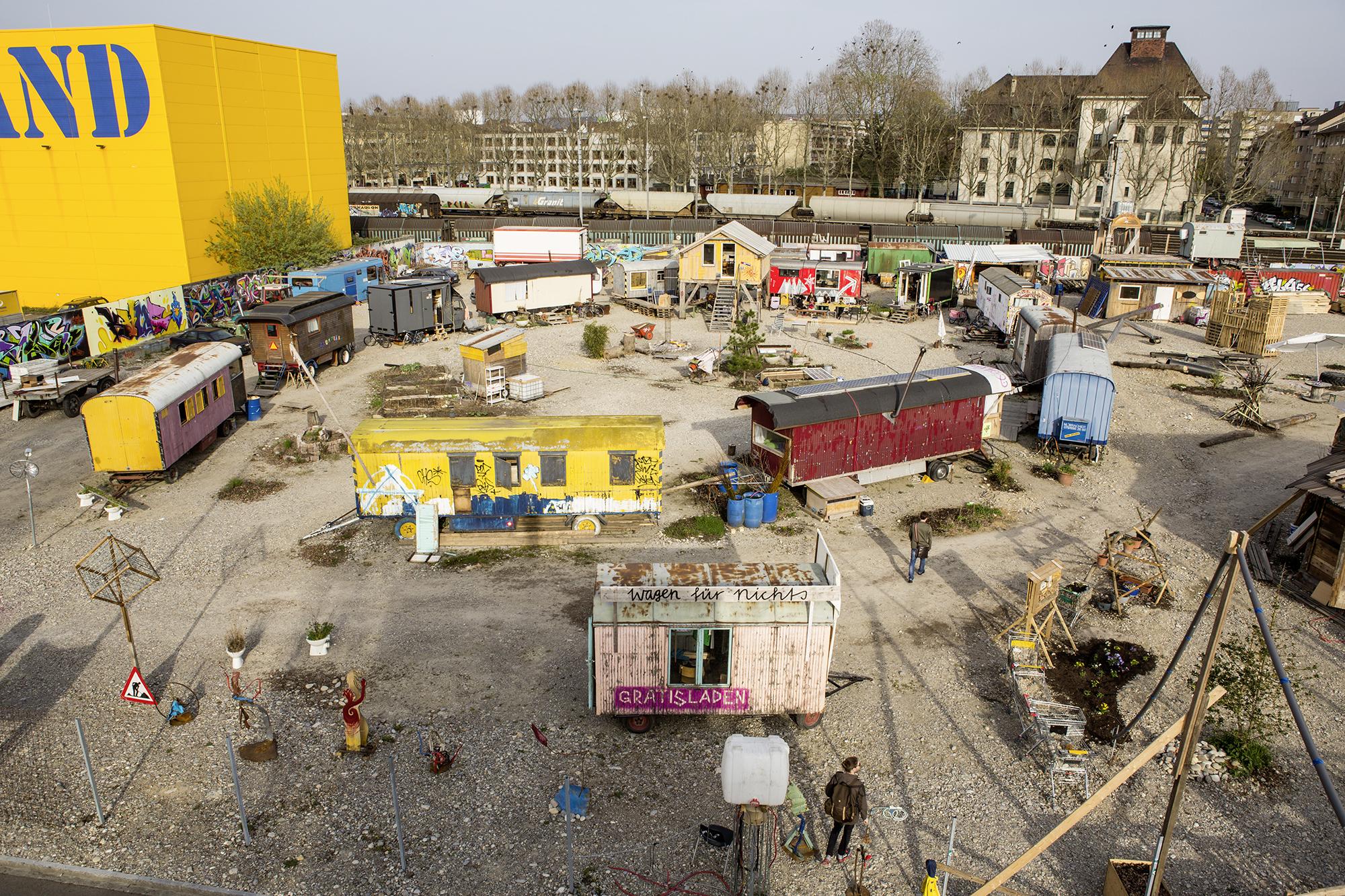 Wagenburg: Der Blick von oben auf das ehemalige Migrolareal.