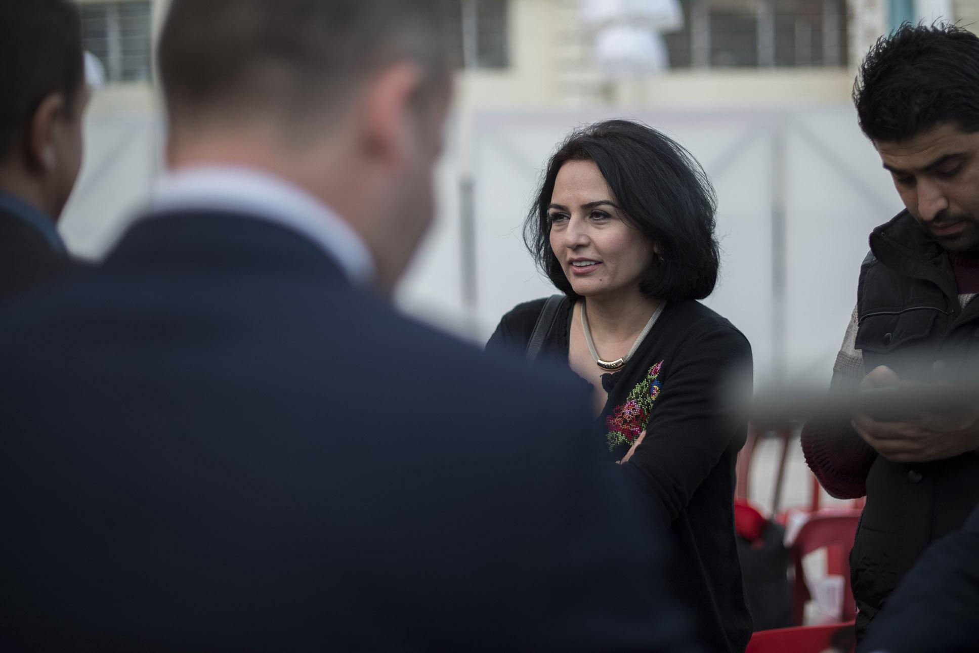 Nafal Barwary stellt sich mit ihrer Kulturarbeit gegen den IS.