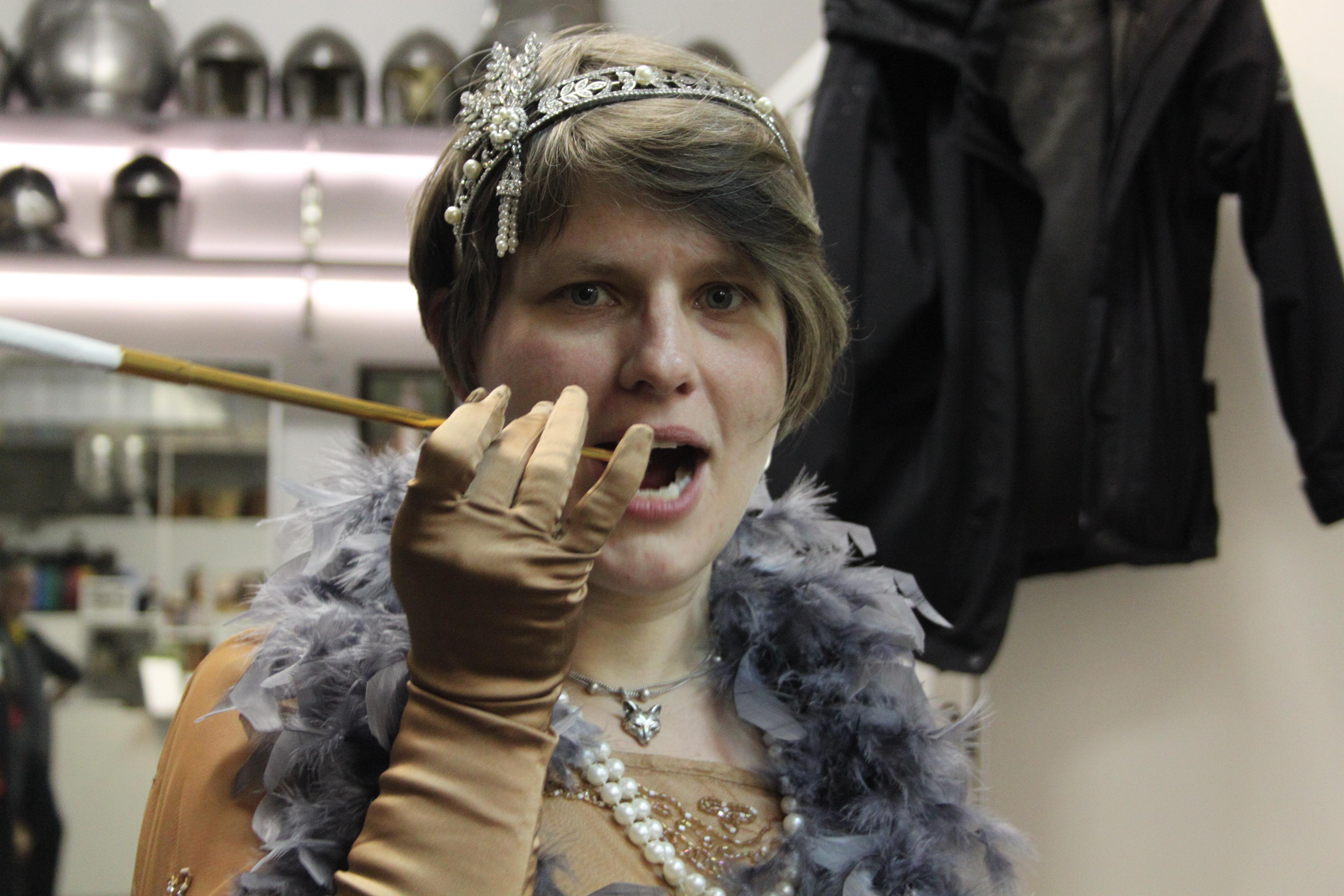 Typisch 20er Jahre: Die Mittelalterspezialistin ManuelaVölker nimmt eine andere Epoche in Angriff.
