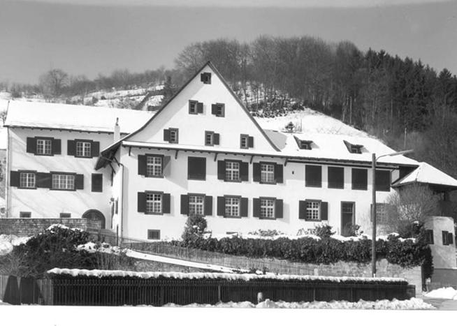 Das Bubendörfer Pfarrhaus an der Hauptstrasse 62.
