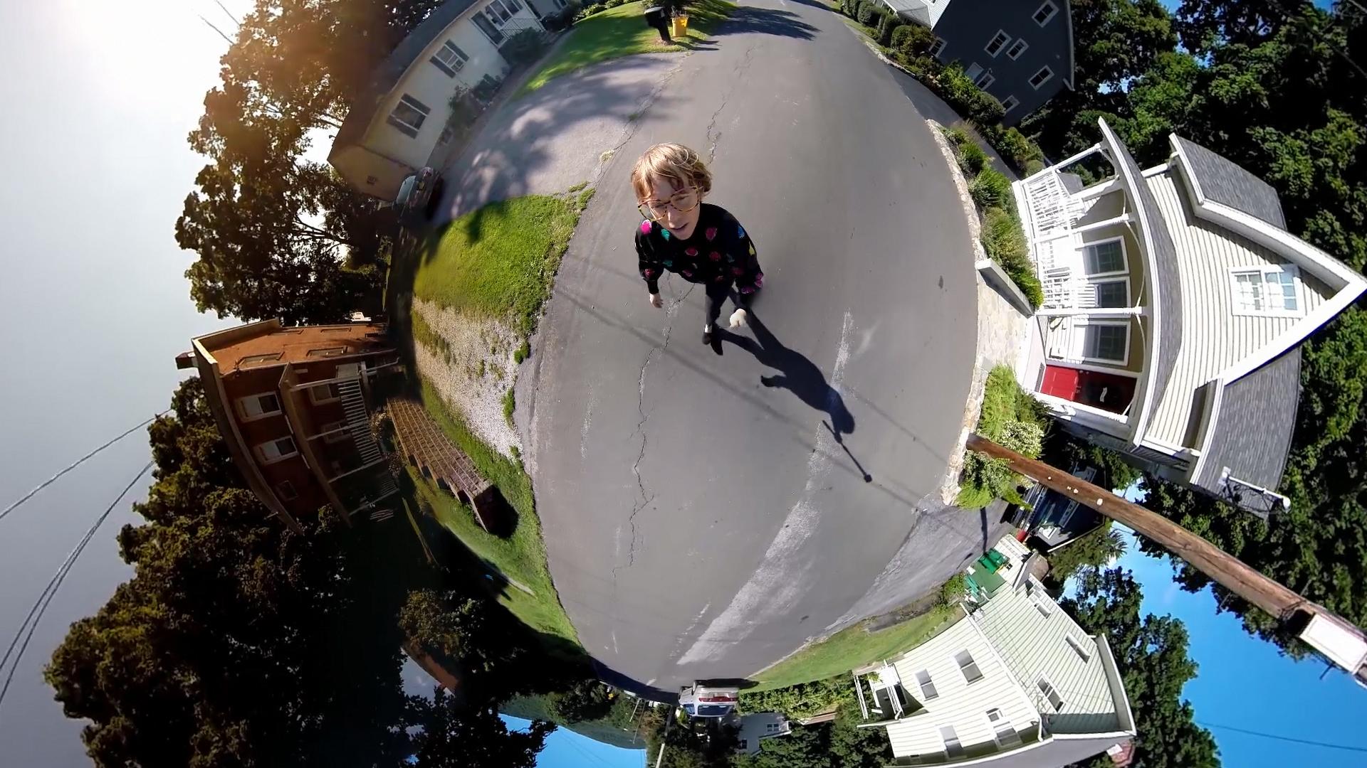 Filmte sich selbst aus mehreren Perspektiven: «Air on the Go» von Kristin Lucas.