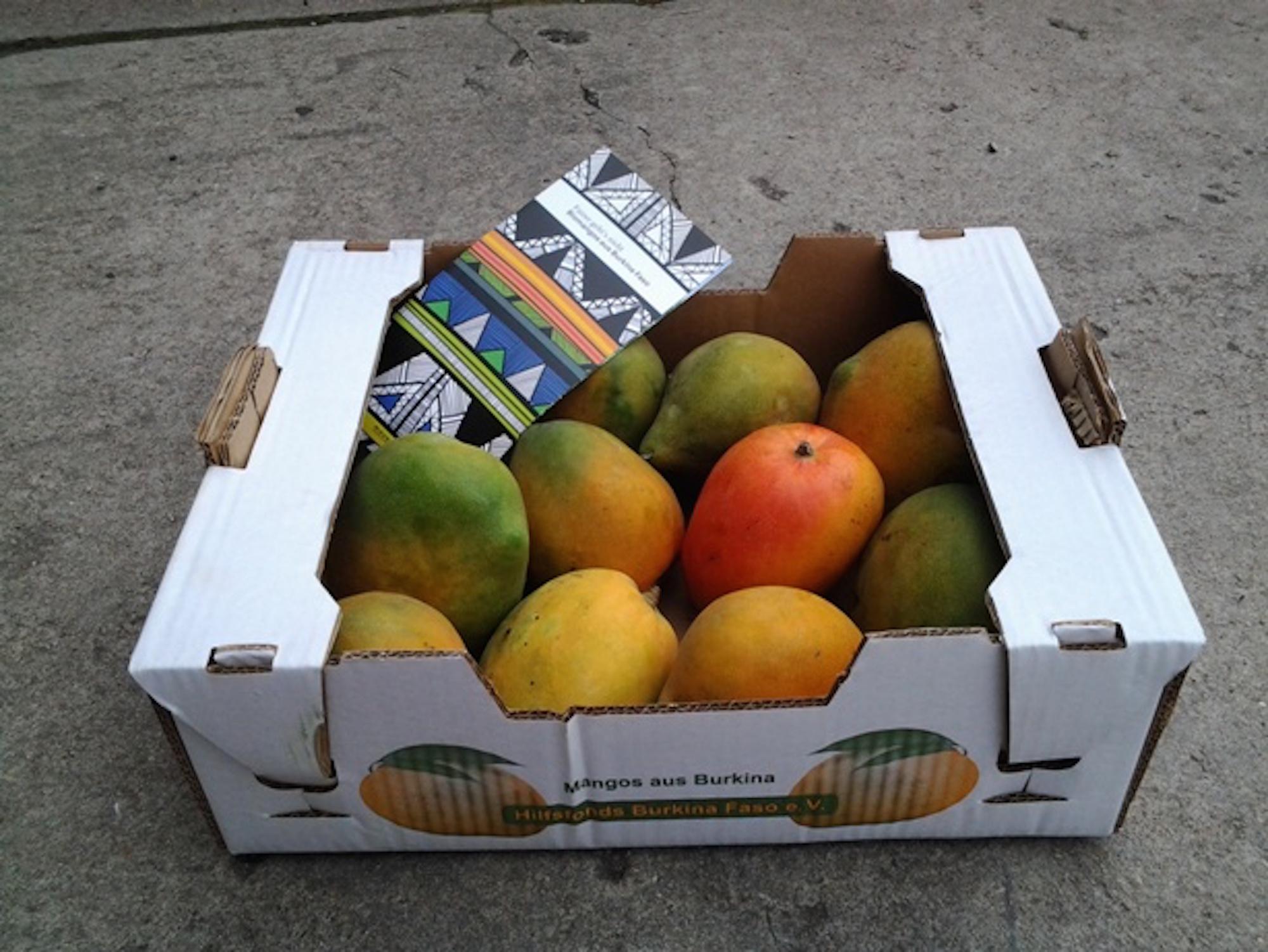 Mangos, Mangos, Mangos: Am nächsten Wochenende werden diese Kisten in Basel verkauft.