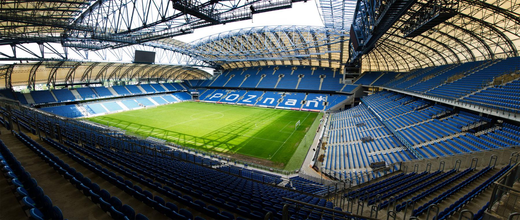 Das würde den FC Basel in Posen erwarten: Die Inea-Arena mit ihren 43'000 Plätzen. Für die Euro 2012 wurde das Stadion komplett modernisiert.
