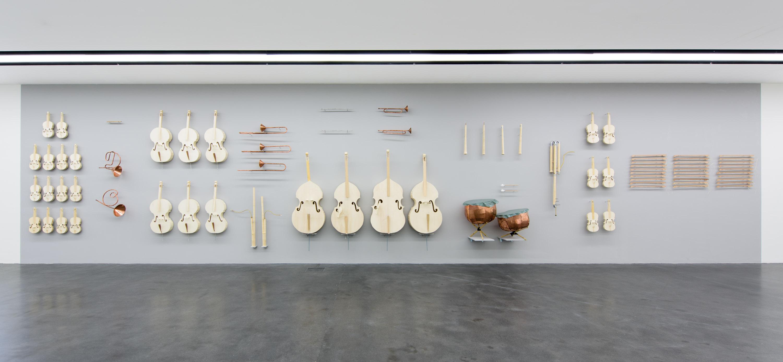 Noch sind die Instrumente im Kunstmuseum Luzern ganz – und nach der Performance?