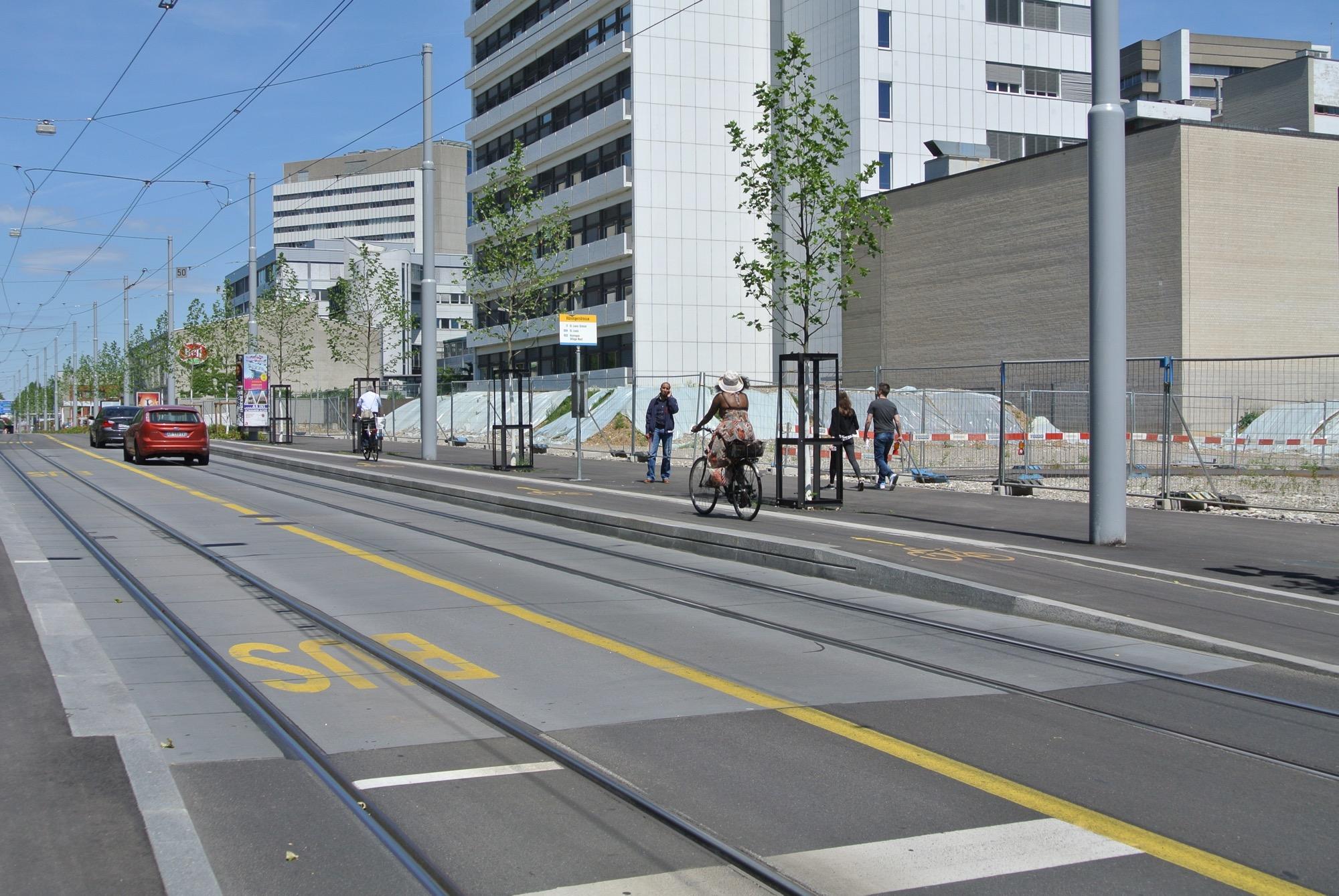 In Basel-Stadt soll der motorisierte Verkehr in die zweite Reihe treten.