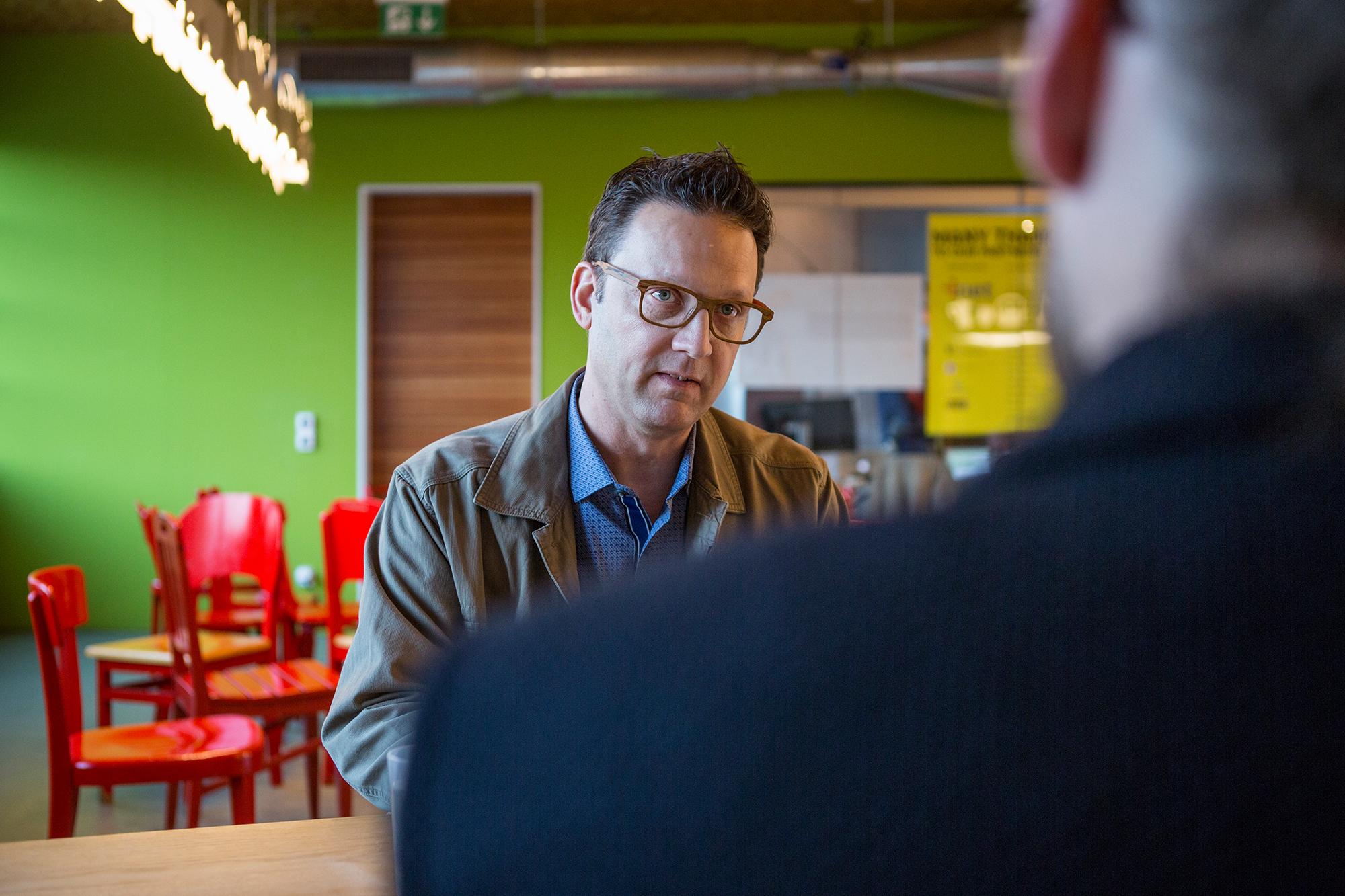 Wir trafen Smith am Rande der Innovations-Konferenz LiftBasel, wo er zum Thema Überalterung sprach.