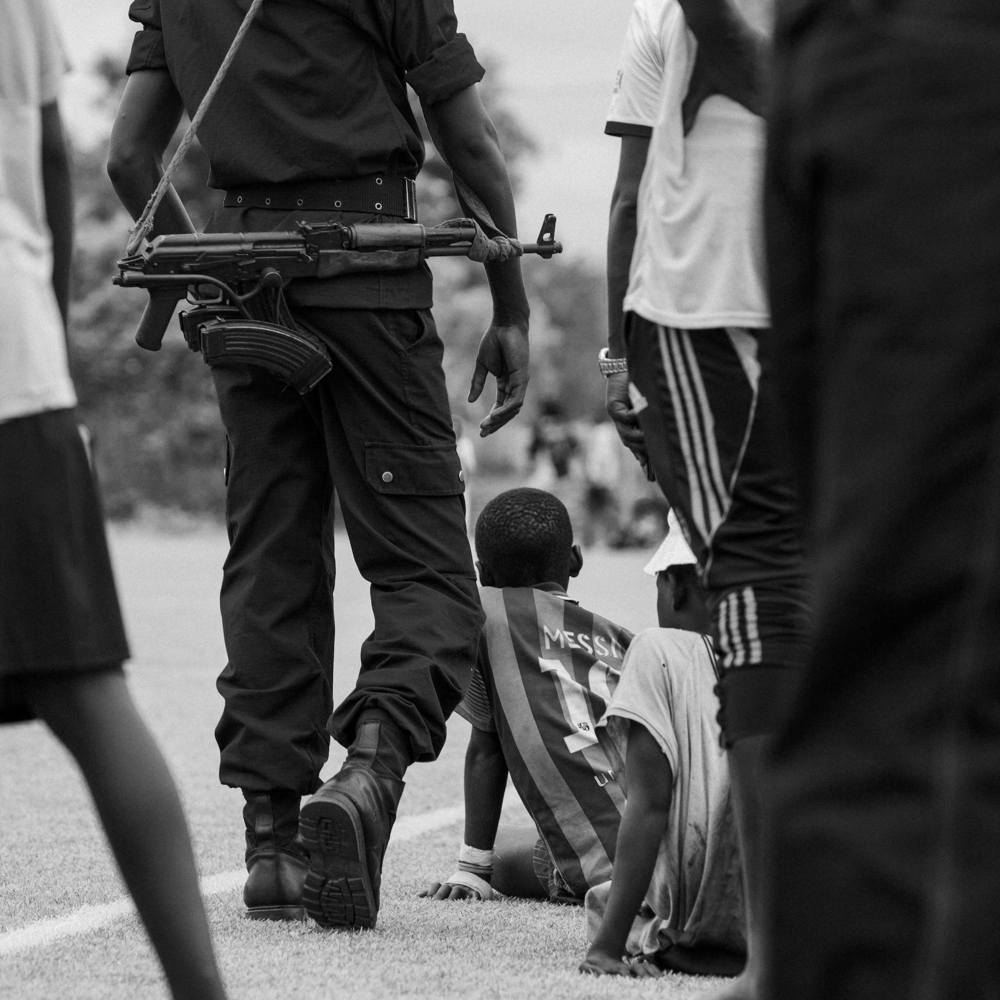 Burundische Polizei auf Patrouille.