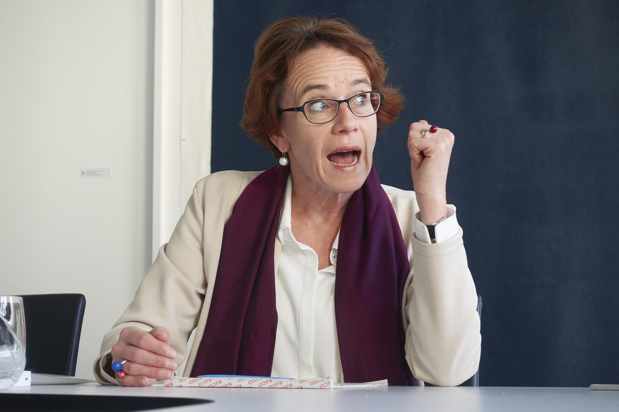 «Herrgott nochmal! Bei den staatlichen Massnahmen für Behinderte wird kein einziger Rappen gespart!» Eva Herzog zum Politikum Fachstelle für Behinderten-Gleichstellung
