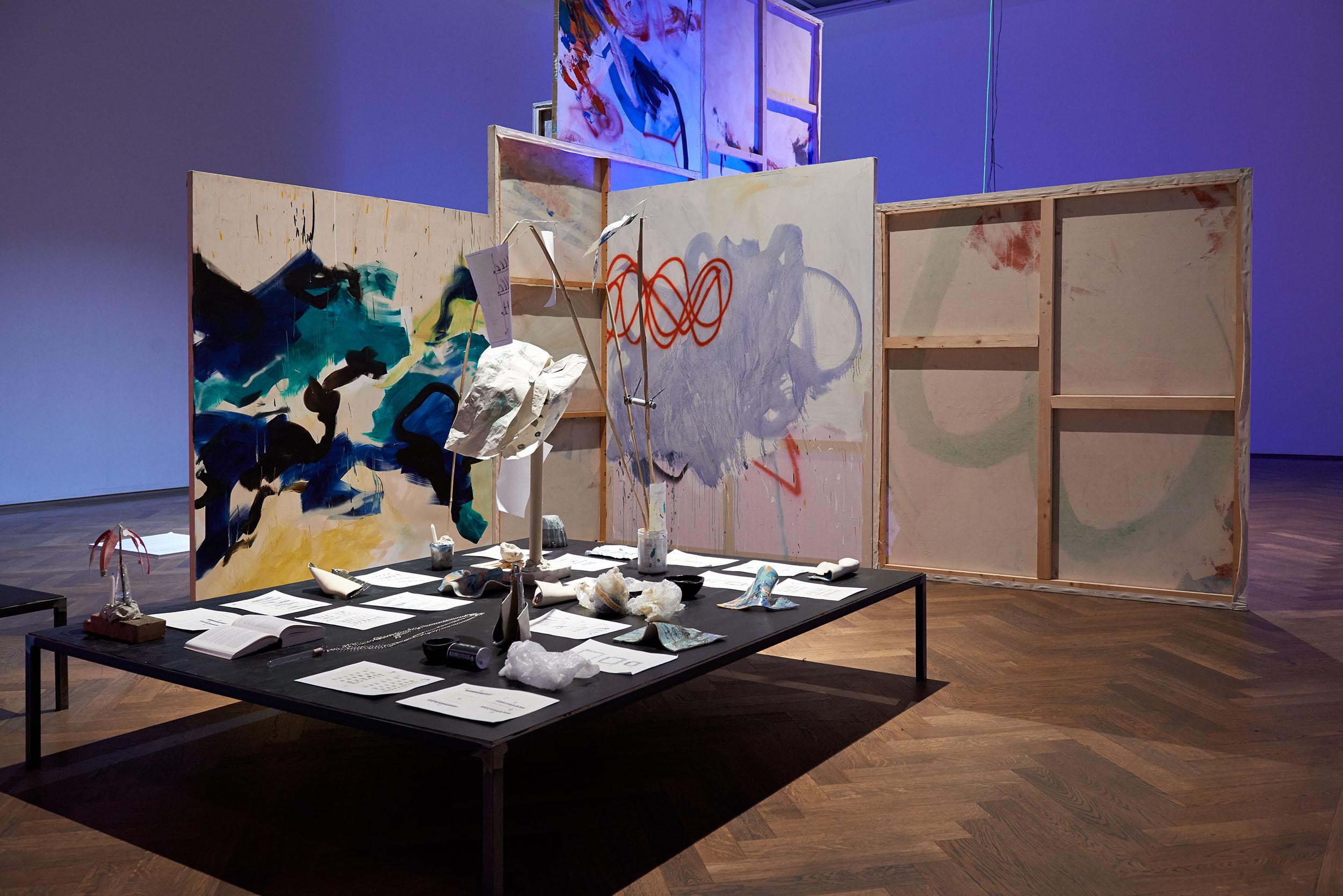 Louise Guerra, Installationsansicht,Chapter 15 Sci-Fi Opera: Sleep Tracking App Loop Station Island, 2015,Jungs, hier kommt der Masterplan, Kunsthalle Basel, 2015.CourtesyLouise Guerra.