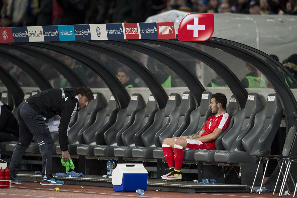 Swiss midfielder Renato Steffen reacts after the friendly soccer match between Switzerland and Bosnia Herzegovina at the Letzigrund Stadium in Zurich, Switzerland, Tuesday, March 29, 2016. (KEYSTONE/Ennio Leanza)