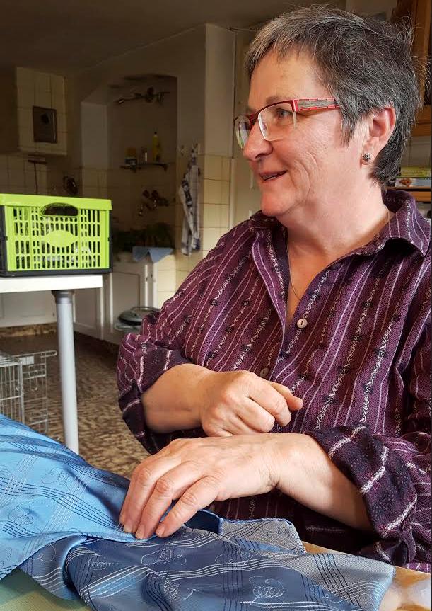 Schweizer Seide ist ein gefragtes Produkt. Landwirtin Katharina Bitterli bringt sie zurück ins Baselbiet.