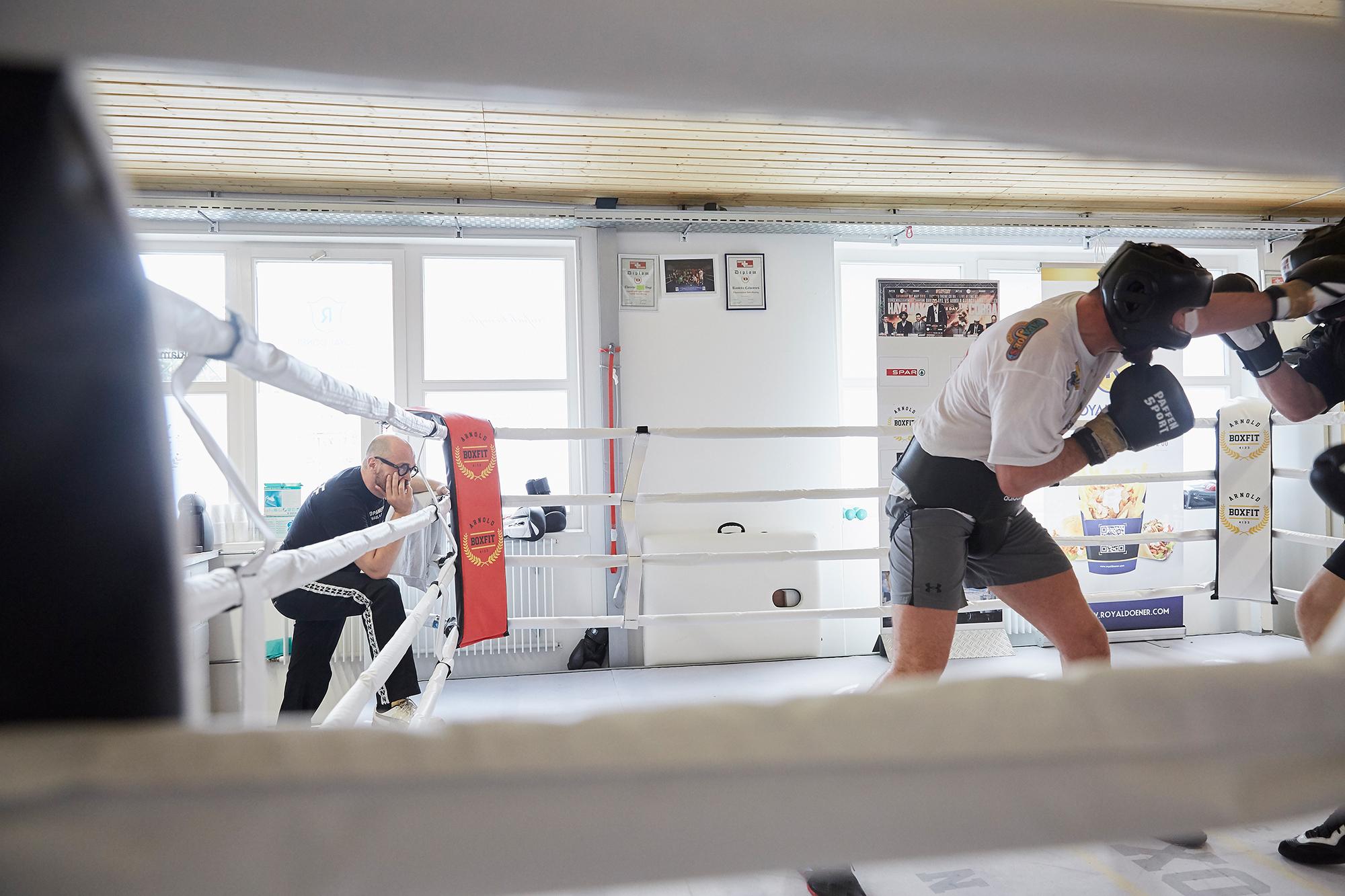 Arnold Gjergjaj bereitet sich auch seinen Kampf gegen David Haye vor.