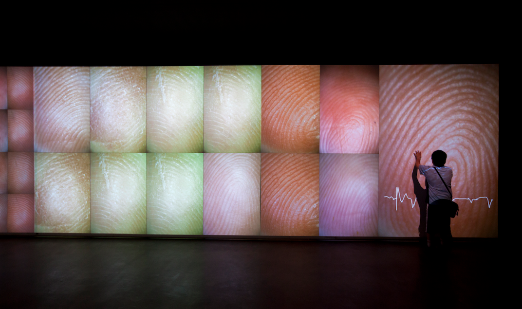Rafael Lozano-Hemmer, Pulse Index, 2010.
