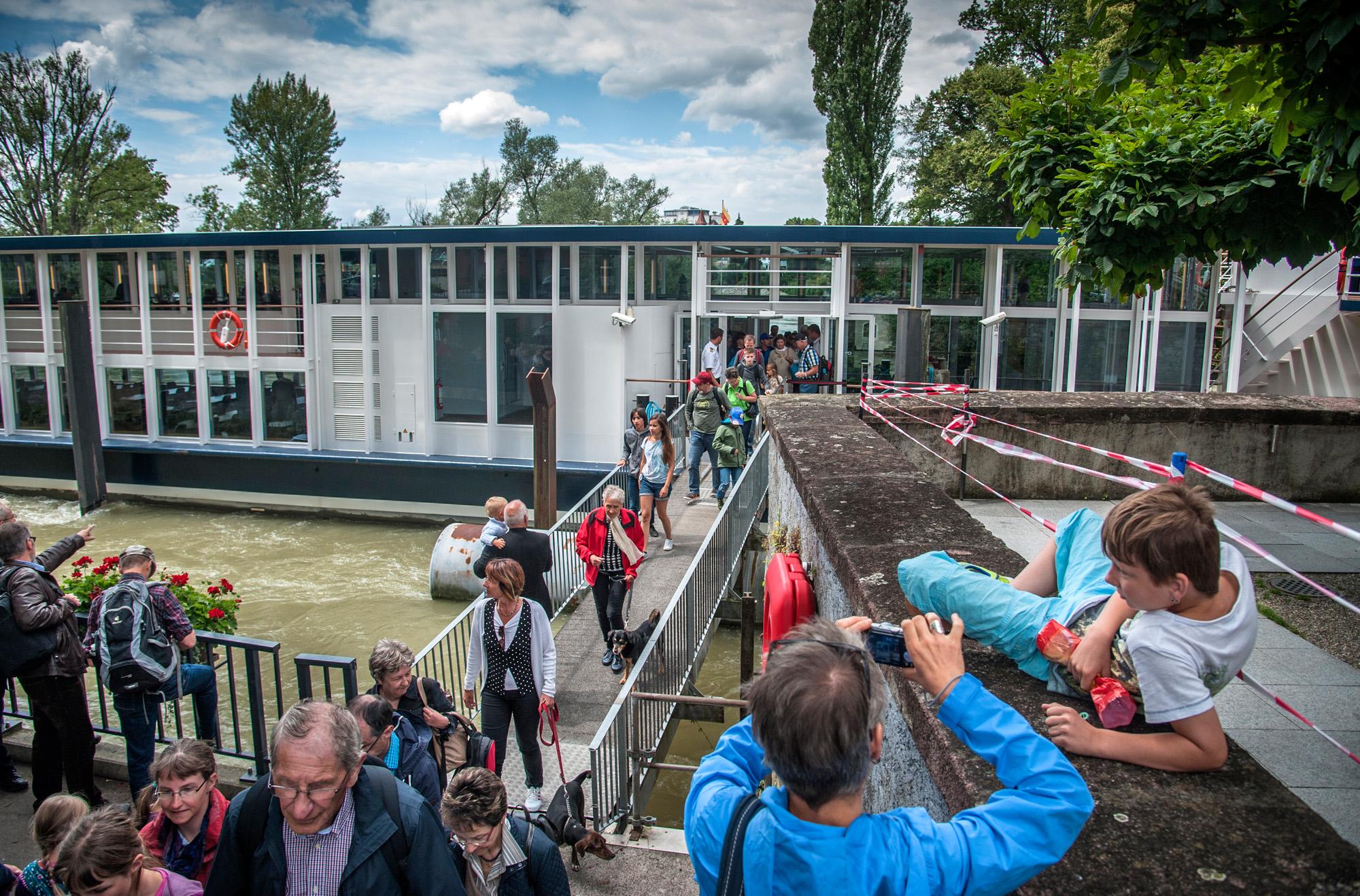 Endhaltestelle: Ab Rheinfelden geht es für die Schiffscrew wieder zurück zum Dreiländereck.