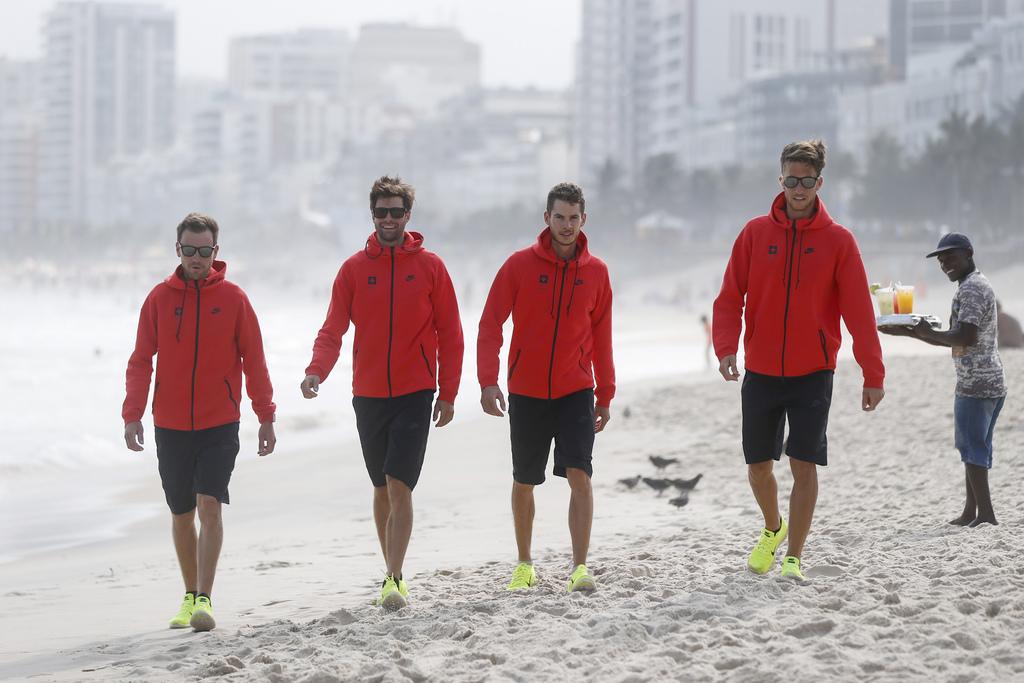 Die Athleten des leichten Schweizer Vierers hoffen, dass ihr Medaillentraum nicht im Winde verweht.