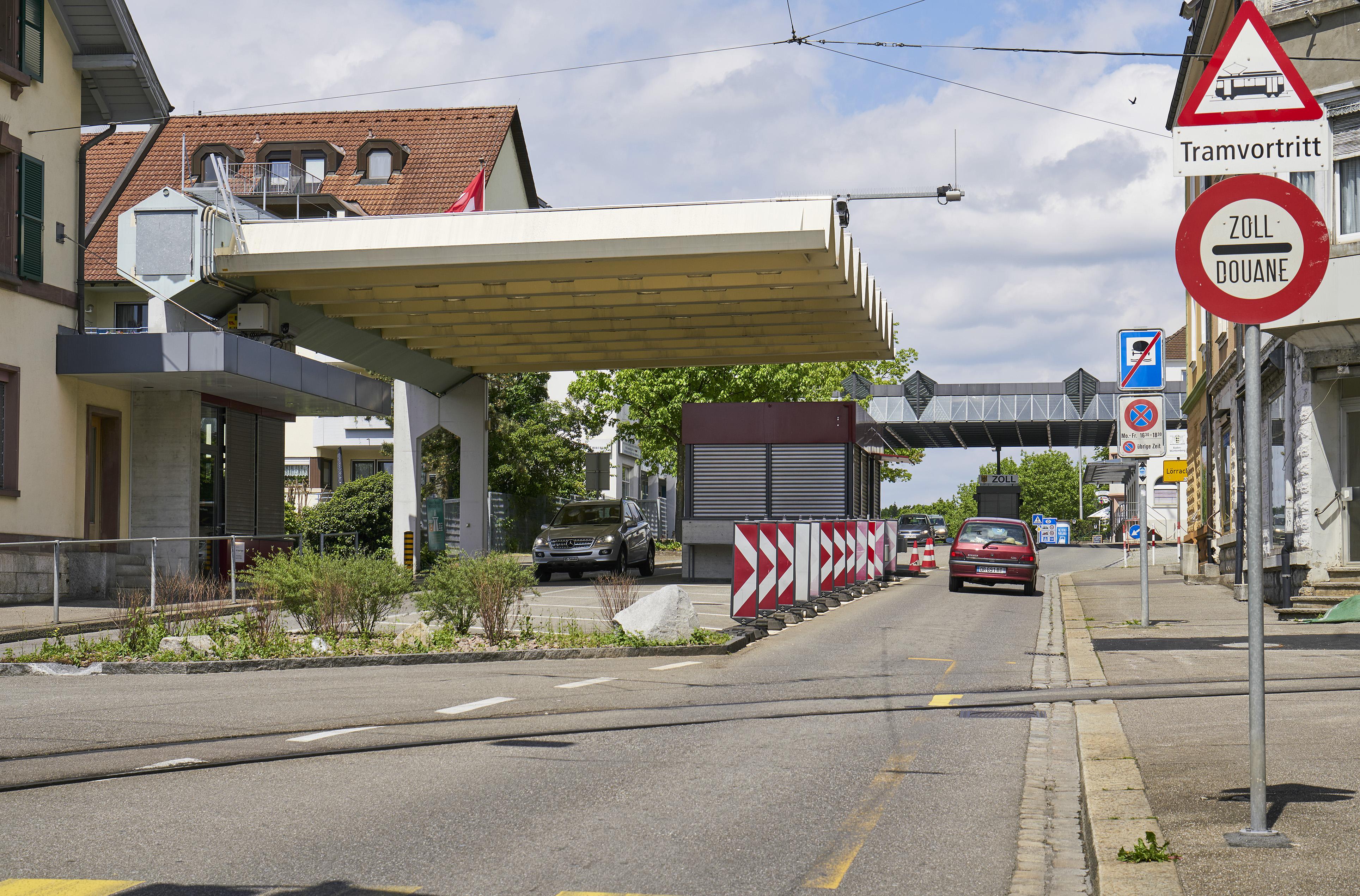 So sieht es heute aus: Der Zoll bei der Tramschlaufe Riehen Grenze.