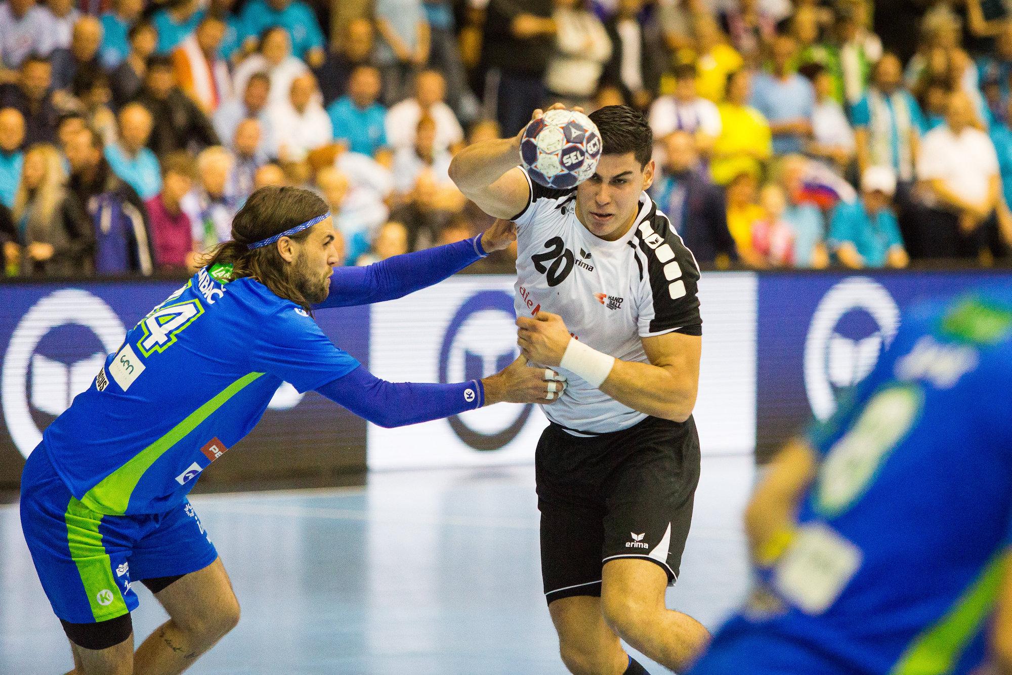 02.11.2016; Velenje; Hanball EM Qualifikation 2018 - Slowenien - Schweiz; Luka Maros (SUI) (Ziga Zupan/Expa/freshfocus)