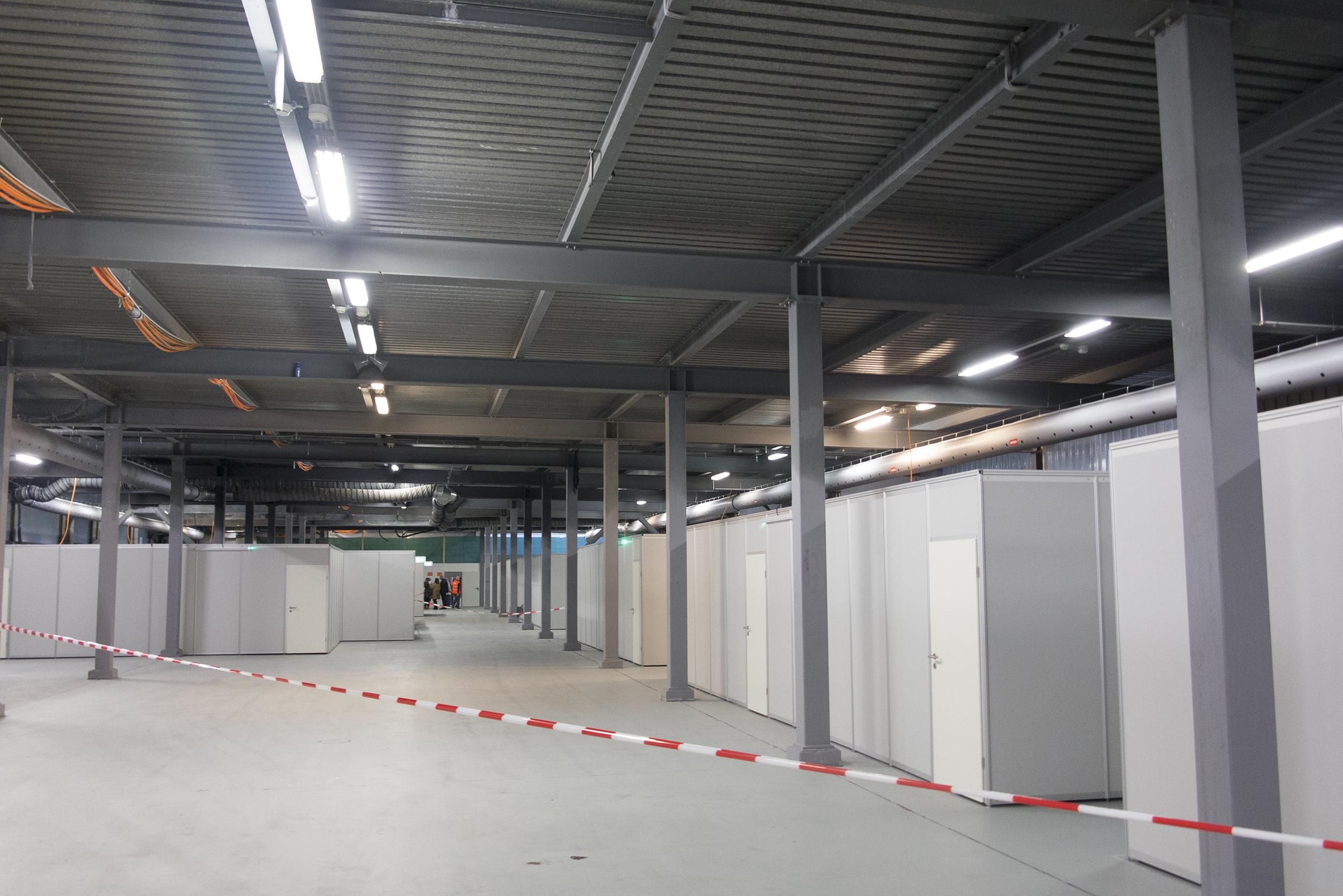 In diesen Containern werden die Asylbewerber wohnen.