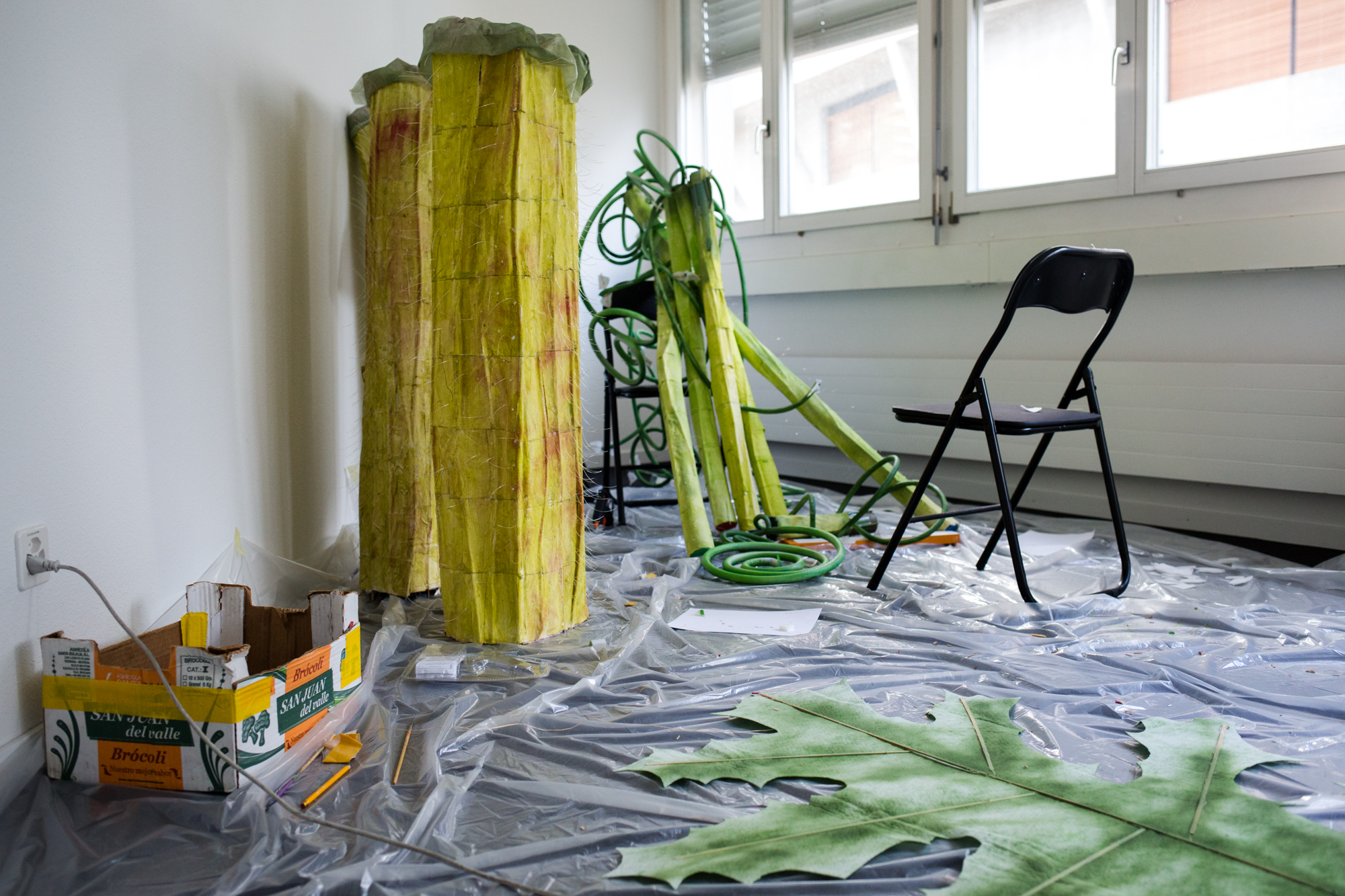 Der Künstler Johannes Willi im Atelier am Freilagerplatz.