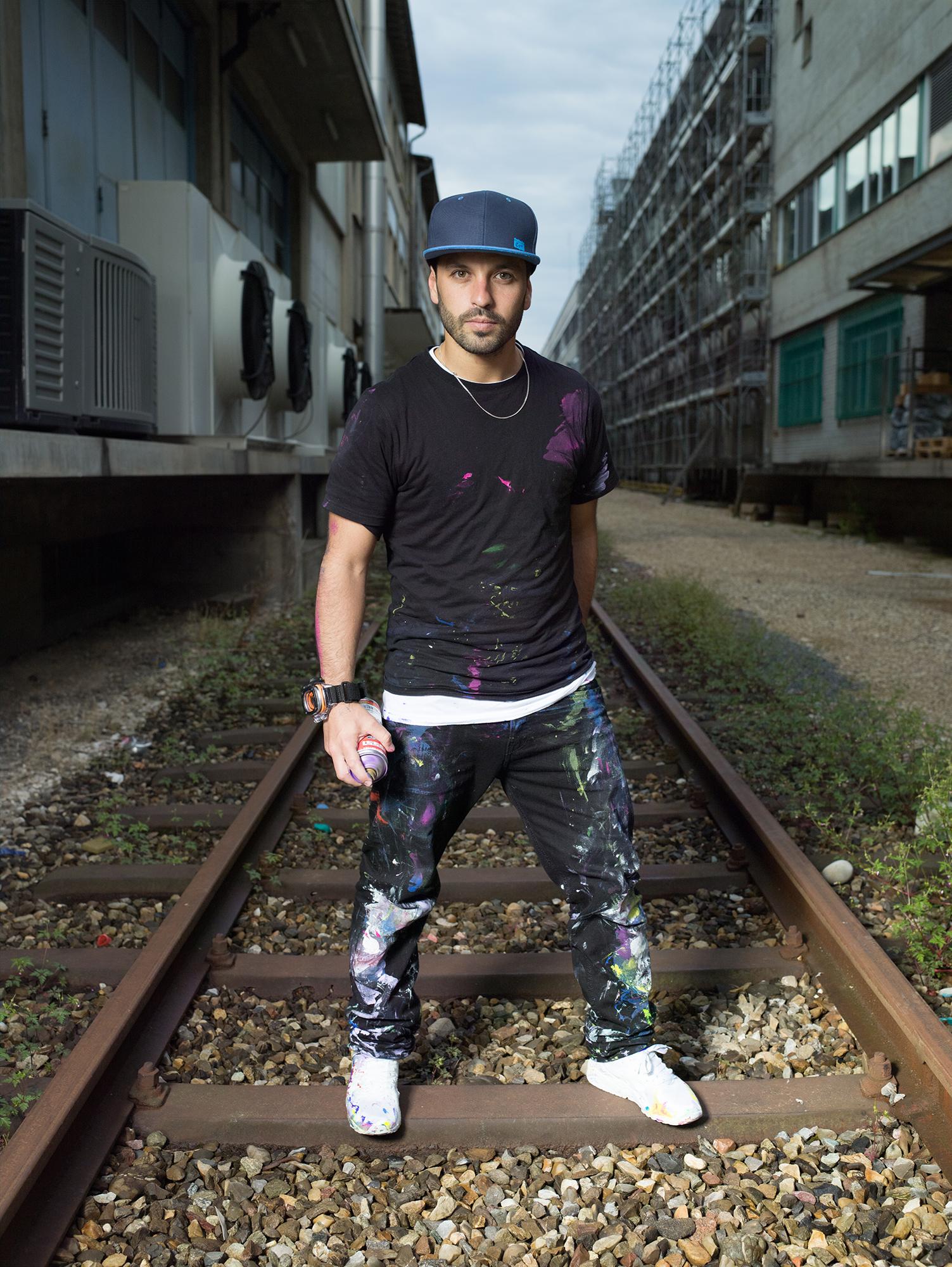 «DJs oder Bands spielen auf Emporen oder Bühnen, die Breaker sind dagegen immer am Boden oder im Background.»