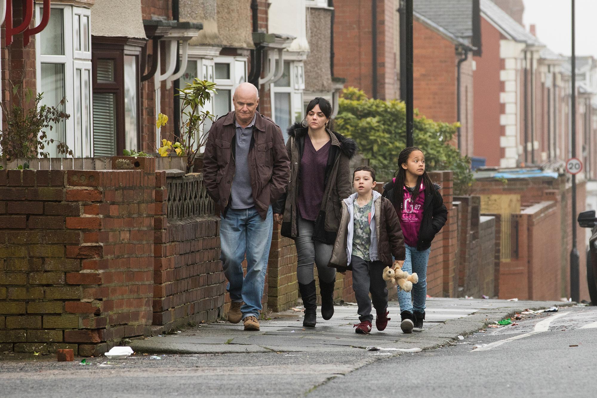 Graue Strassen – Regisseur Ken Loach zeigt uns eine triste Welt.