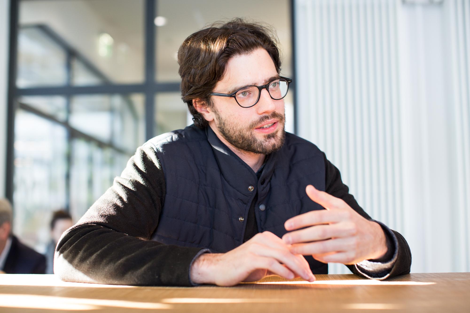 «Es geht mir ums anschauen und beschreiben»: Stefan Karrer verzichtet auf politische Statements.