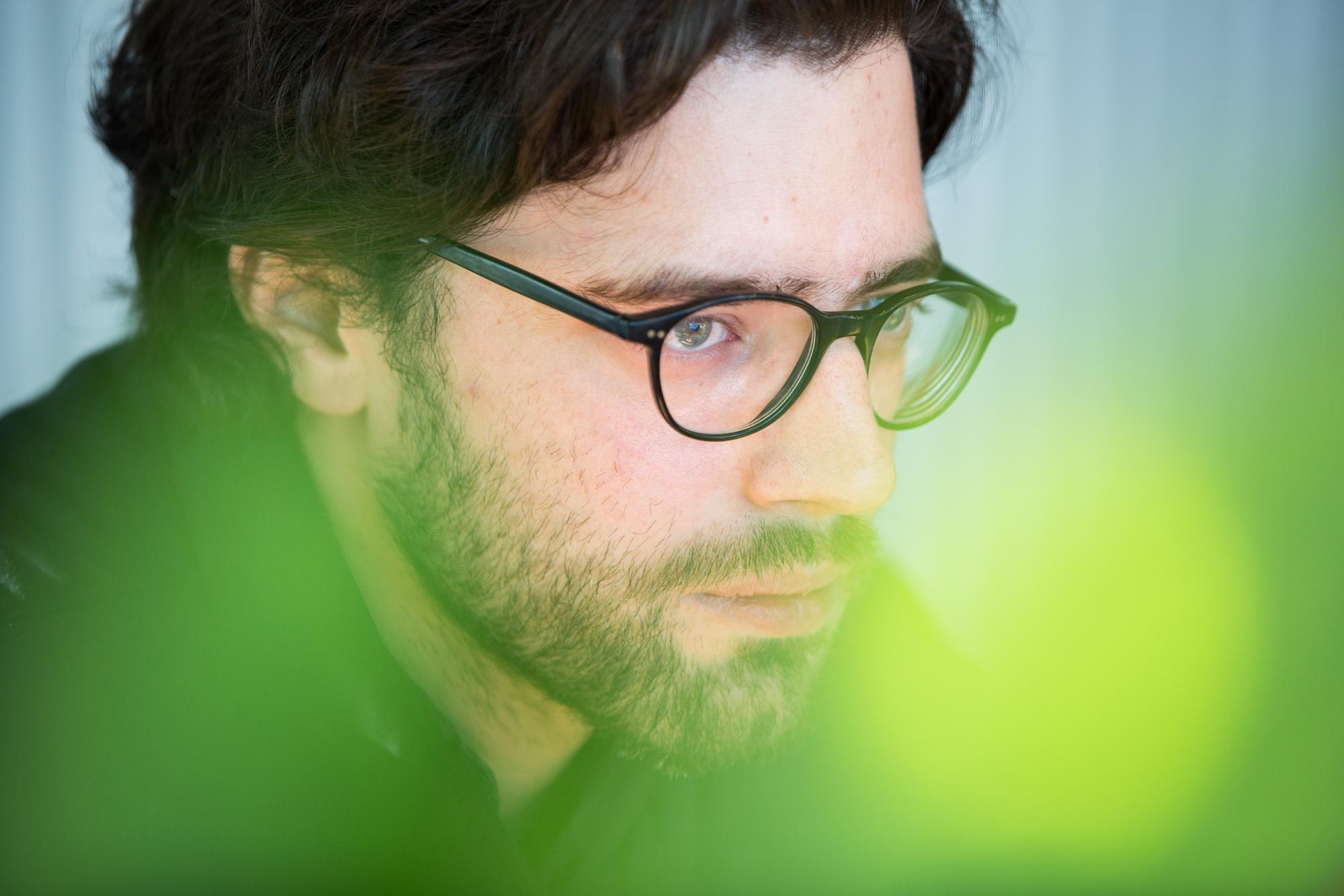 Ob gestalten, schreiben oder musizieren – Stefan Karrer kann vieles.
