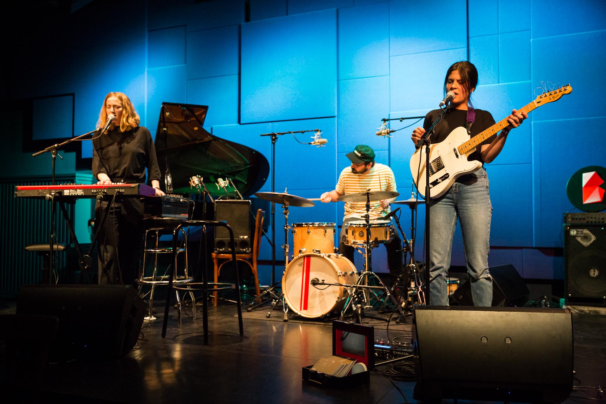 So klingt spannender Pop am Puls der Zeit: East Sister im Jazzcampus.