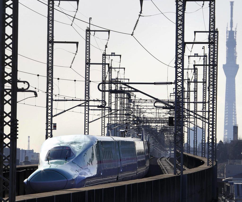 Der Tokoku-Shinkansen-Zug «Hayabusa» in Tokio. Er bringt Passagiere mit bis zu 300 Kilometern pro Stunde ans Ziel. (Symbolbild. The Yomiuri Shimbun via AP Images)