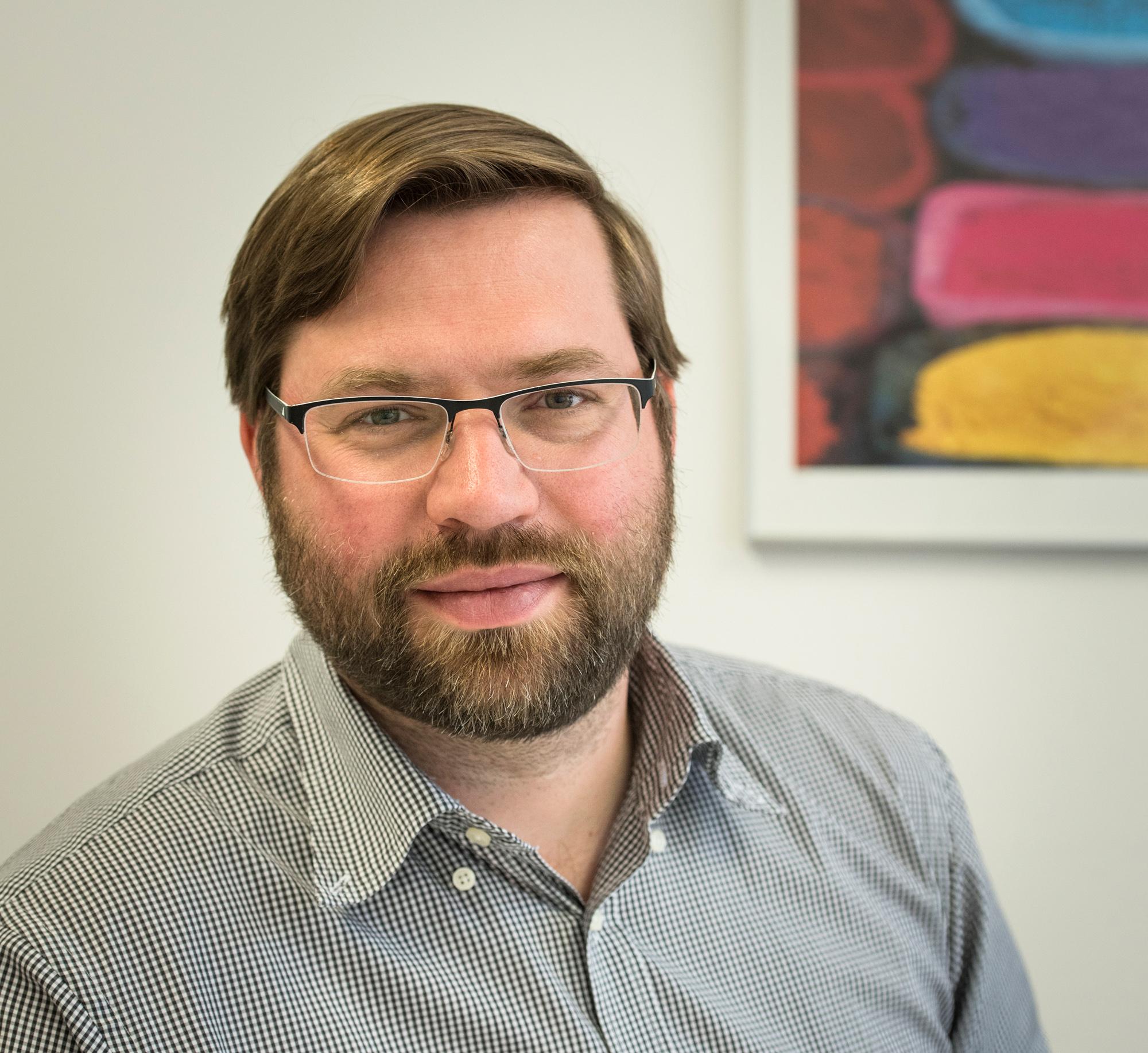 Prof. Dr. med Christian Huber ist Facharzt für Psychiatrie und Psychotherapie und leitet die Erwachsenen-Psychiatrie, das Gesundheitszentrum Psychiatrie und das Zentrum für Diagnostik und Krisenintervention der UPK Basel.