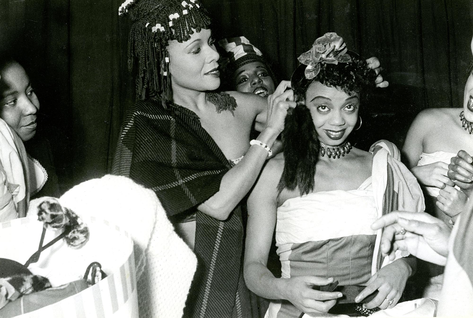 Othella Dallas 1949 mit der Grande Dame des Tanzes Katherine Dunham.