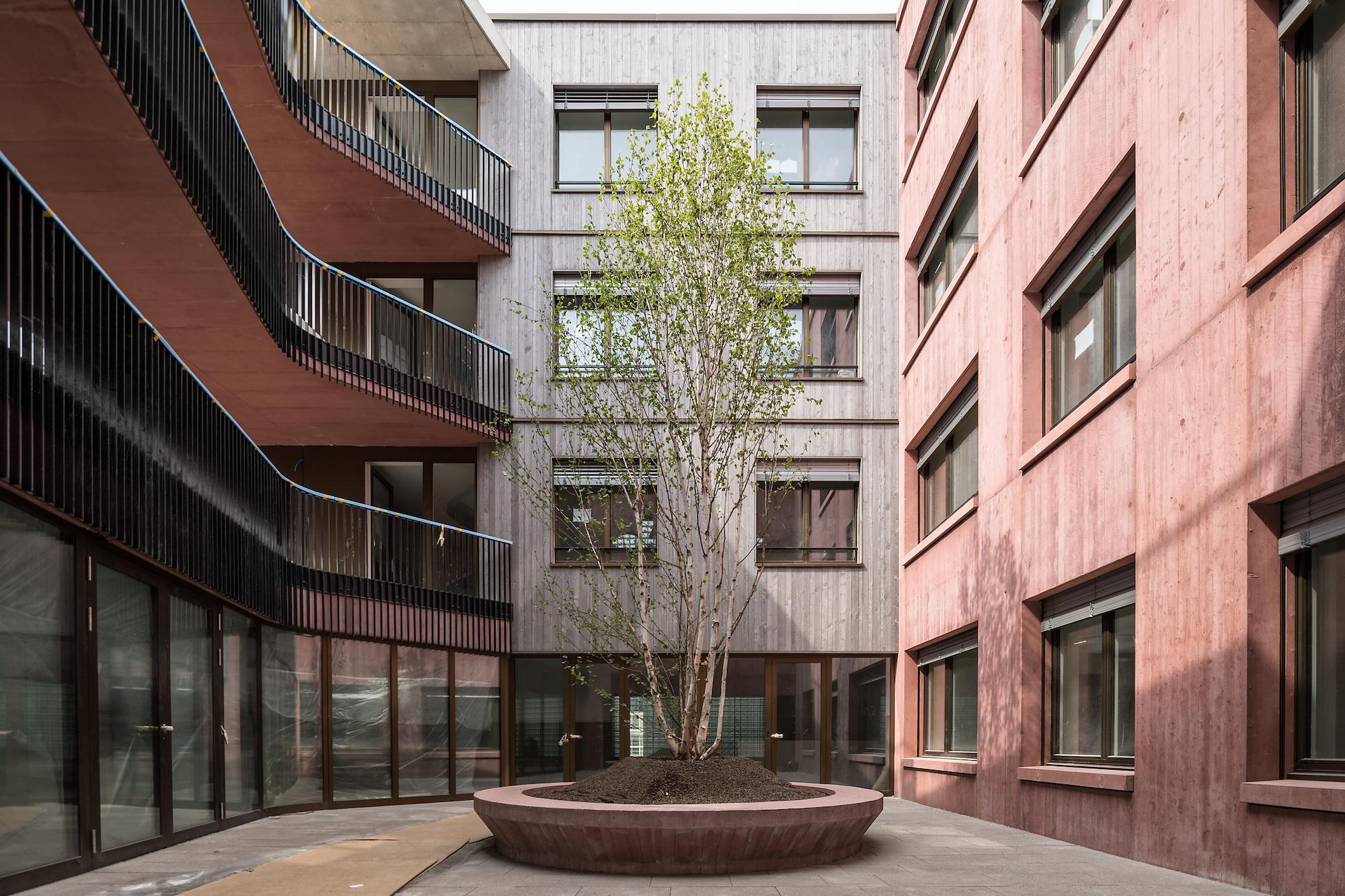 Innenhof des neuen Hauses der Galli Rudolf Architekten.
