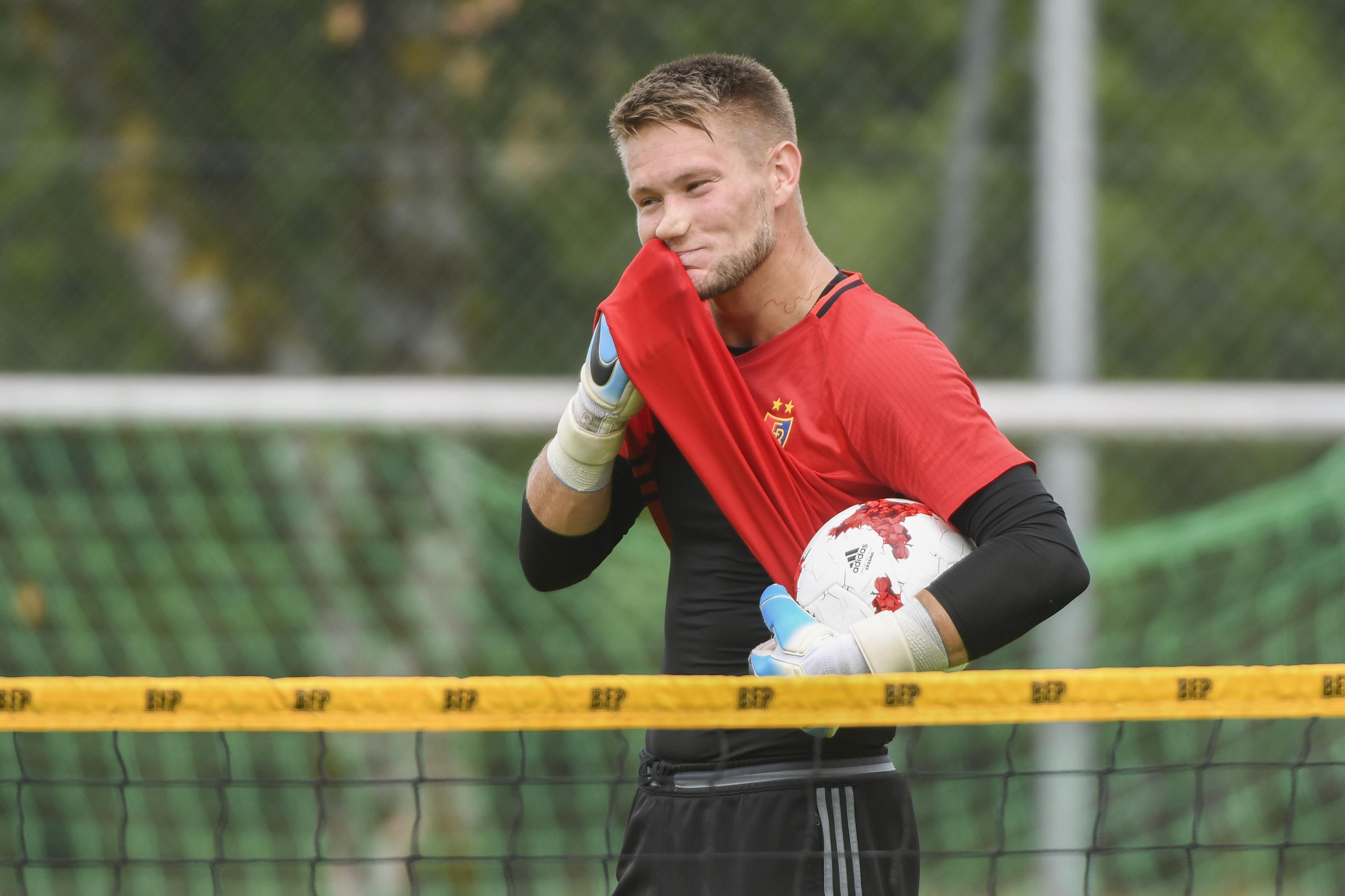 27.06.2017; Rottach-Egern; FUSSBALL SUPER LEAGUE - FC Basel Trainingslager - Training; Torhueter Tomas Vaclik (Basel) (Andy