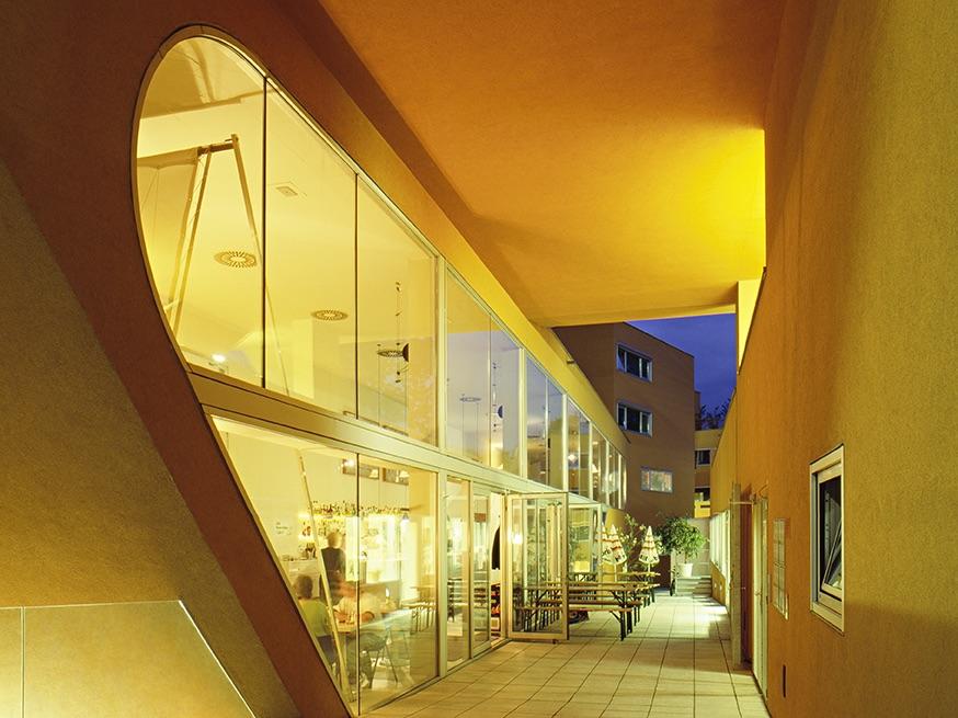 Grossküche für alle: In der Sargfabrik in Wien wird gemeinschaftliches Kochen gelebt.