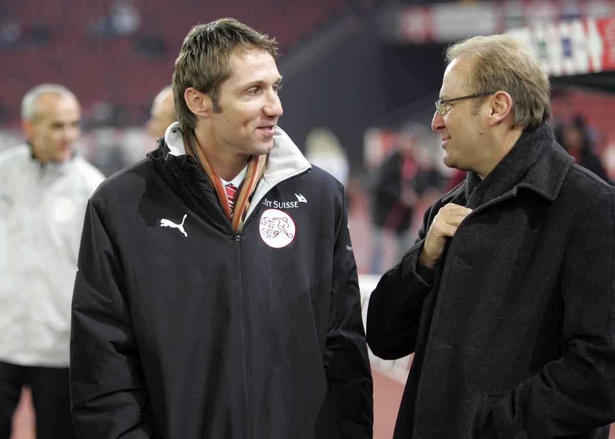 Adrian Knup und Jean-Paul Brigger im Gespraech Andy Mueller/freshfocus